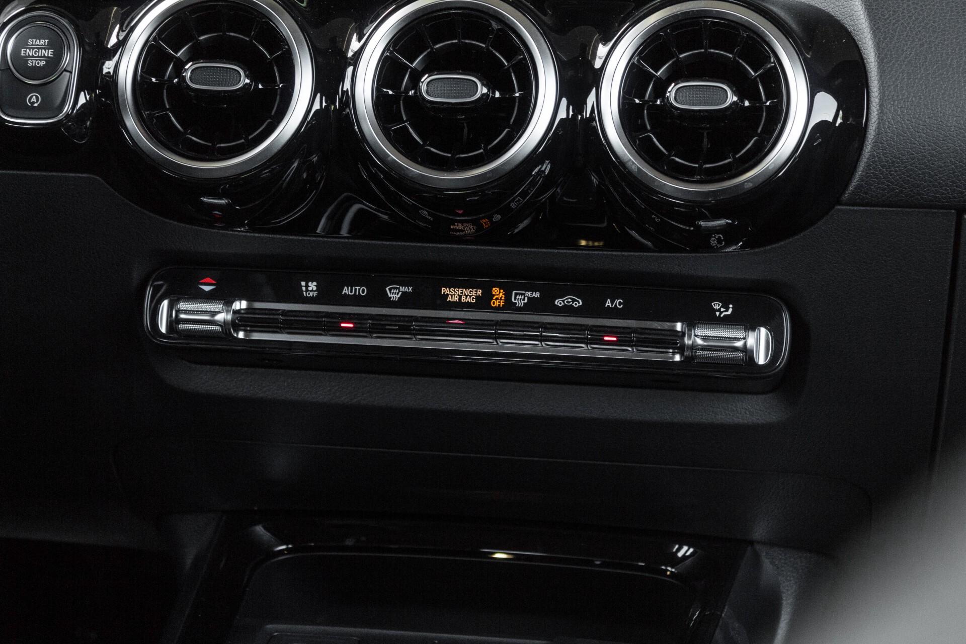 "Mercedes-Benz B-Klasse 180d AMG Widescreen/M-bux/LED/19"" Aut7 Foto 49"