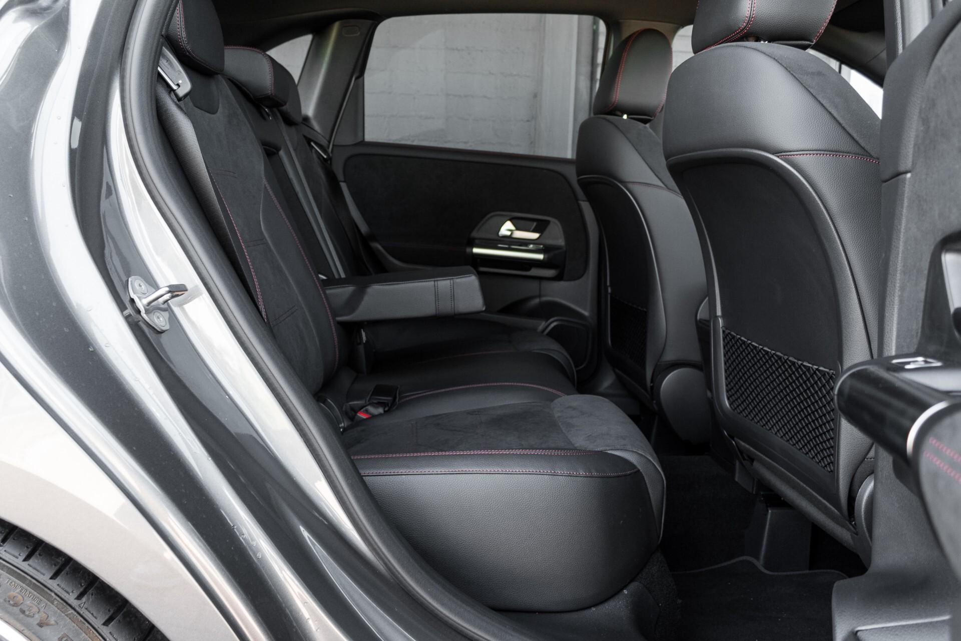 "Mercedes-Benz B-Klasse 180d AMG Widescreen/M-bux/LED/19"" Aut7 Foto 5"