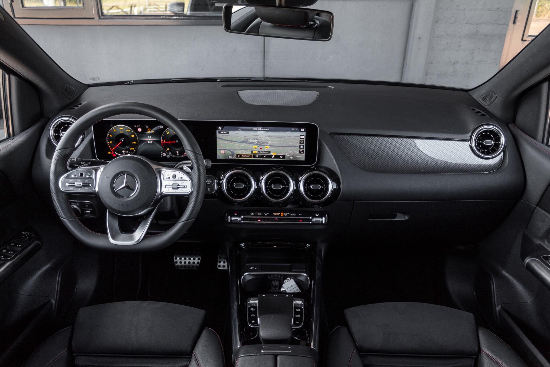 "Mercedes-Benz B-Klasse 180d AMG Widescreen/M-bux/LED/19"" Aut7 Foto 8"