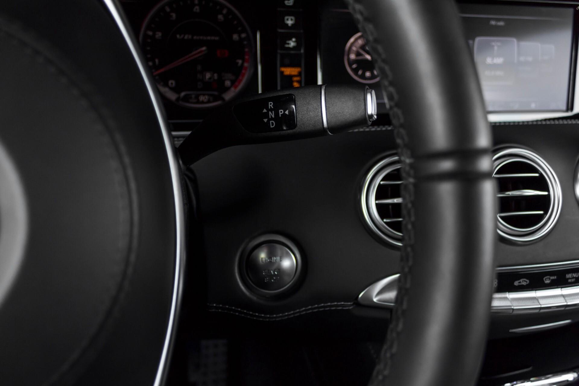 Mercedes-Benz S-Klasse Coupé 63 AMG 4-M Ceramic/Akrapovic/Swarowski/Designo/Burmester High End Aut7 Foto 13