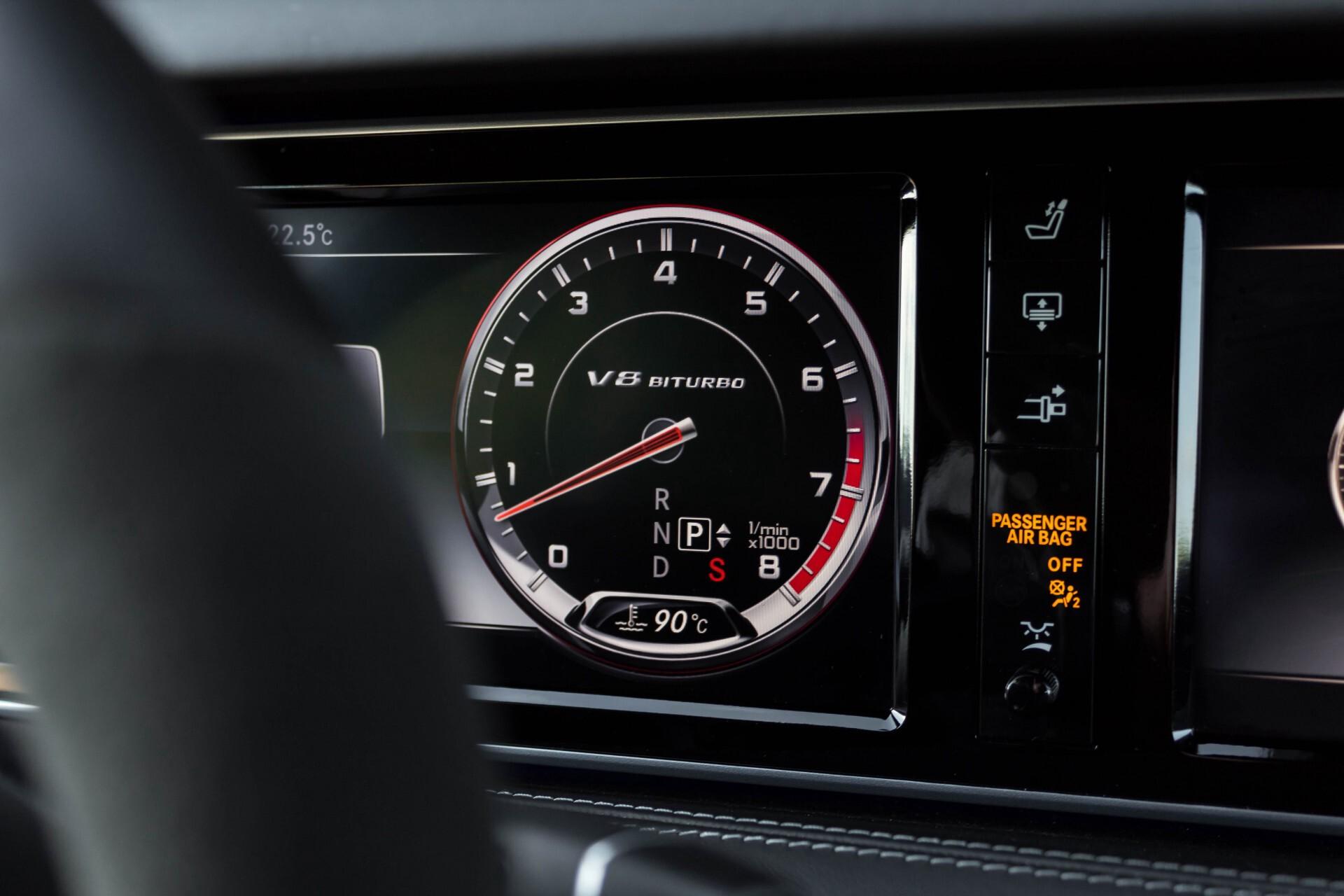 Mercedes-Benz S-Klasse Coupé 63 AMG 4-M Ceramic/Akrapovic/Swarowski/Designo/Burmester High End Aut7 Foto 18