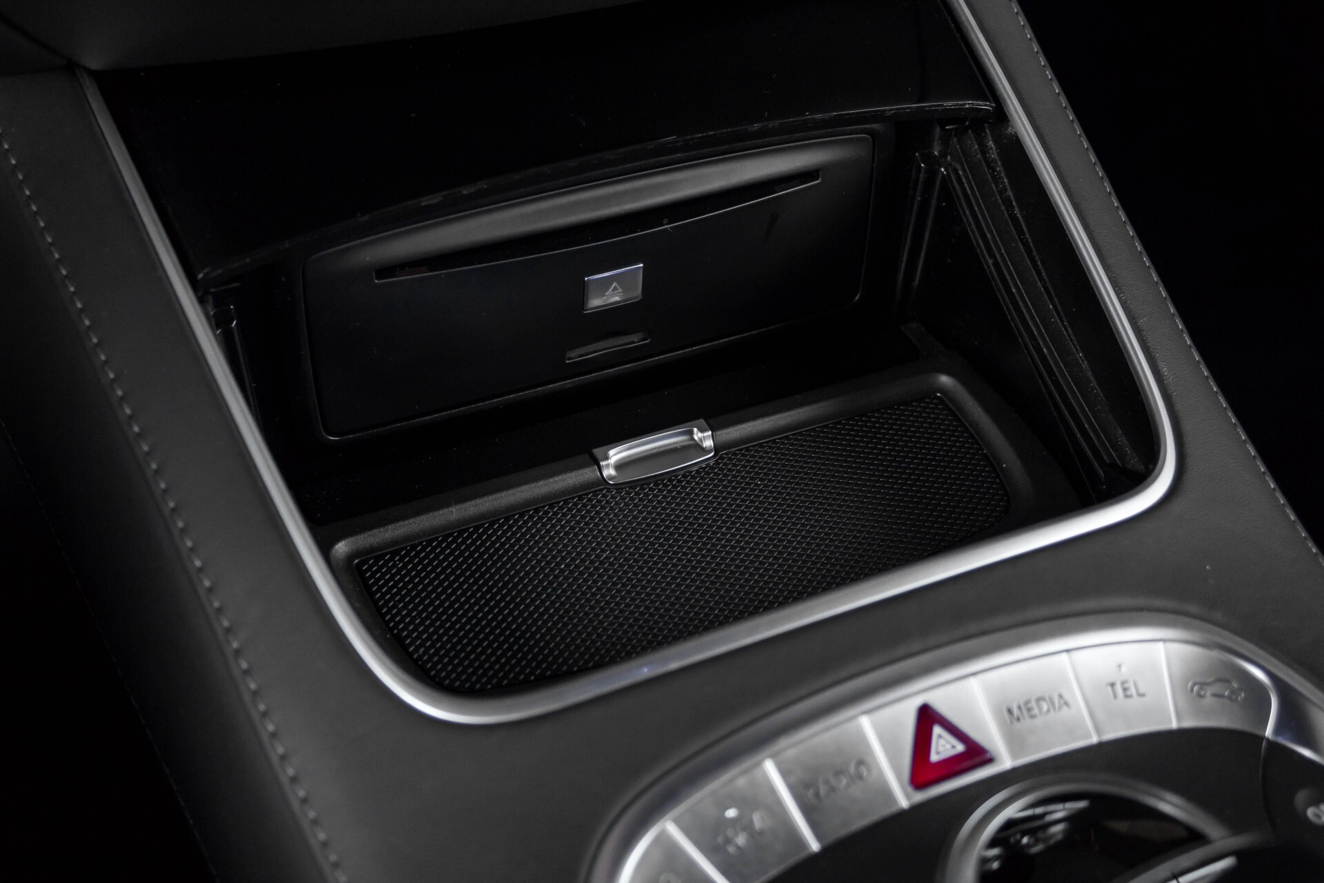 Mercedes-Benz S-Klasse Coupé 63 AMG 4-M Ceramic/Akrapovic/Swarowski/Designo/Burmester High End Aut7 Foto 35