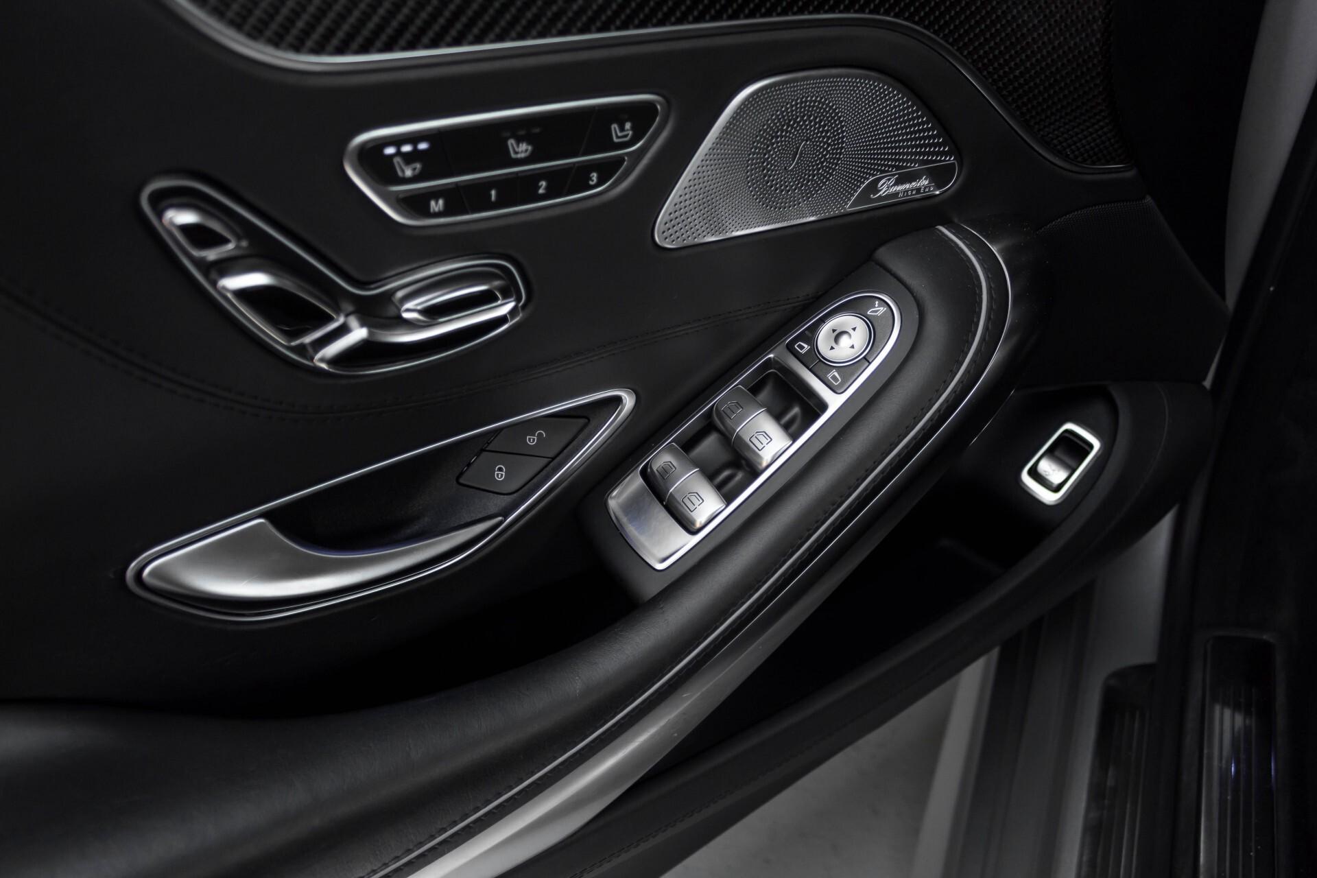 Mercedes-Benz S-Klasse Coupé 63 AMG 4-M Ceramic/Akrapovic/Swarowski/Designo/Burmester High End Aut7 Foto 47