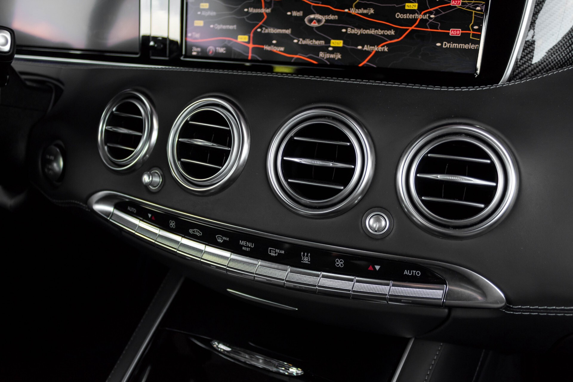 Mercedes-Benz S-Klasse Coupé 63 AMG 4-M Keramisch/Akrapovic/Swarowski/Designo/Burmester High End Aut7 Foto 49