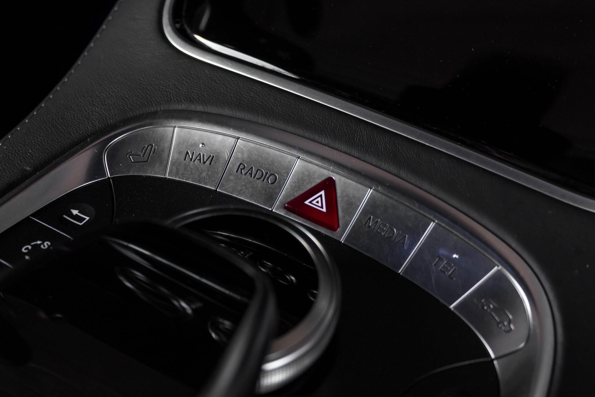 Mercedes-Benz S-Klasse Coupé 63 AMG 4-M Ceramic/Akrapovic/Swarowski/Designo/Burmester High End Aut7 Foto 51