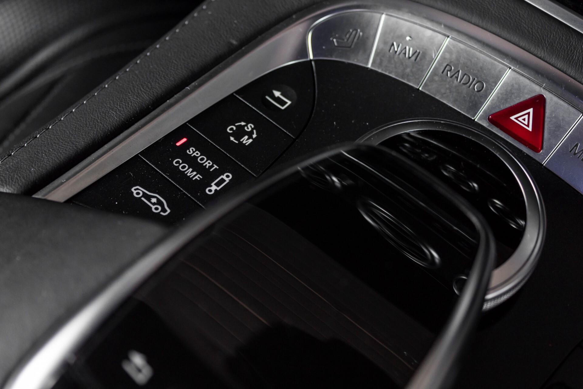 Mercedes-Benz S-Klasse Coupé 63 AMG 4-M Ceramic/Akrapovic/Swarowski/Designo/Burmester High End Aut7 Foto 52