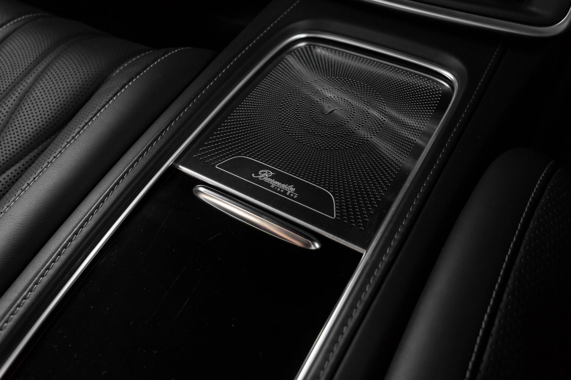 Mercedes-Benz S-Klasse Coupé 63 AMG 4-M Ceramic/Akrapovic/Swarowski/Designo/Burmester High End Aut7 Foto 55