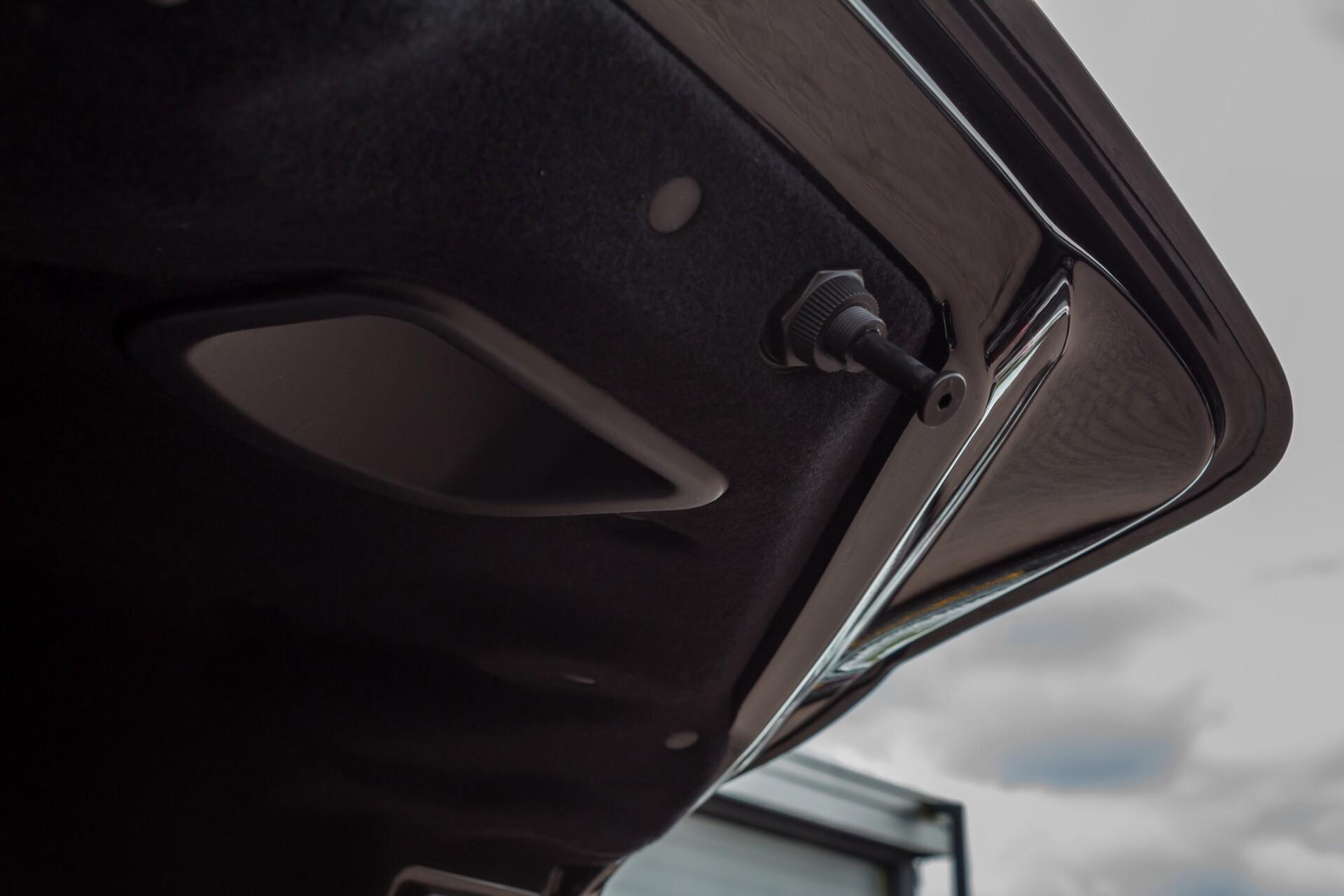 Ferrari California 3.9 T Full Carbon Nieuwprijs: €284081 Foto 48