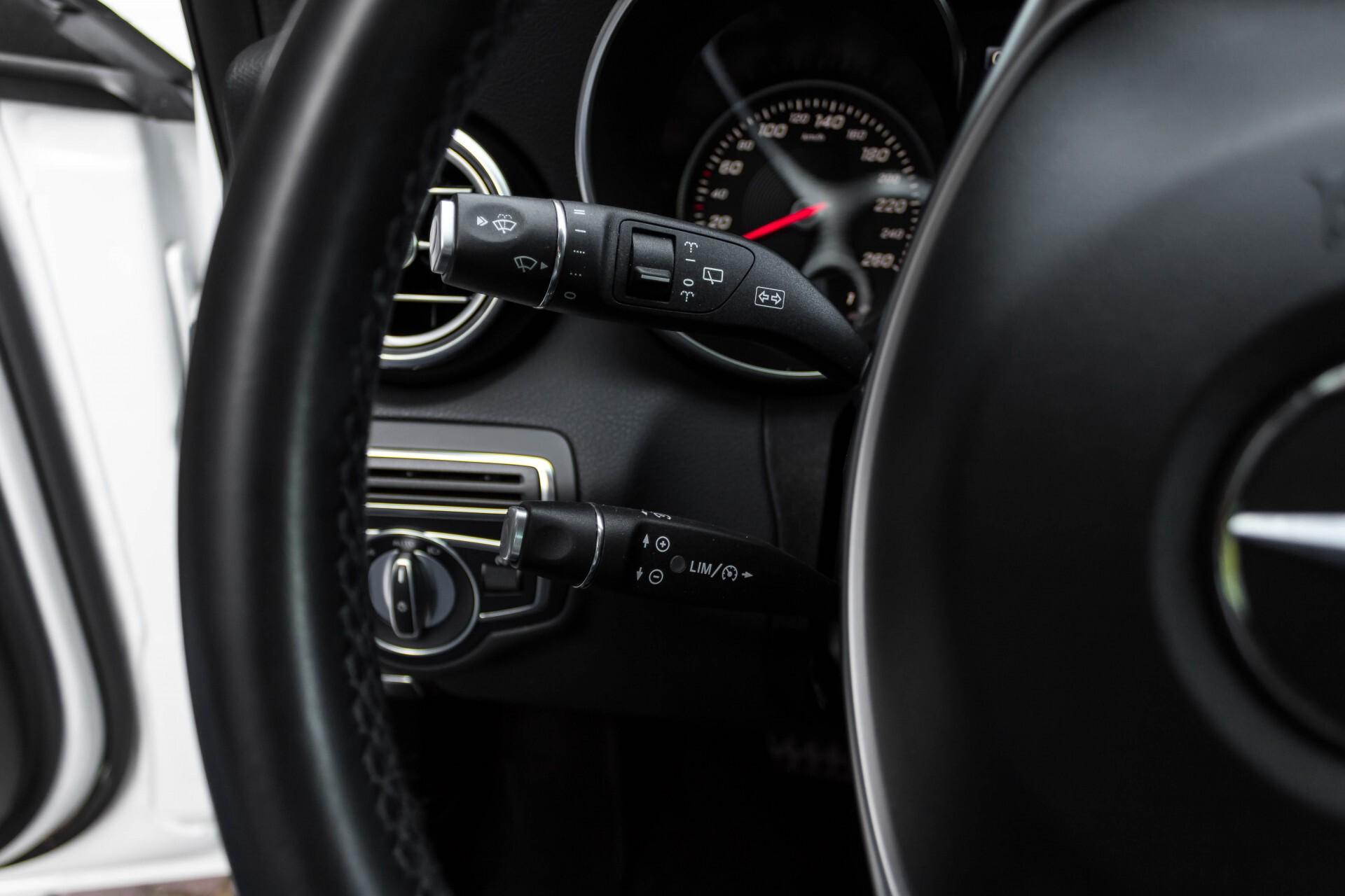 Mercedes-Benz C-Klasse Estate 200d AMG Night Wegkl-Trekhaak/LED/Dodehoekassistent/Verw Stln Aut7 Foto 10
