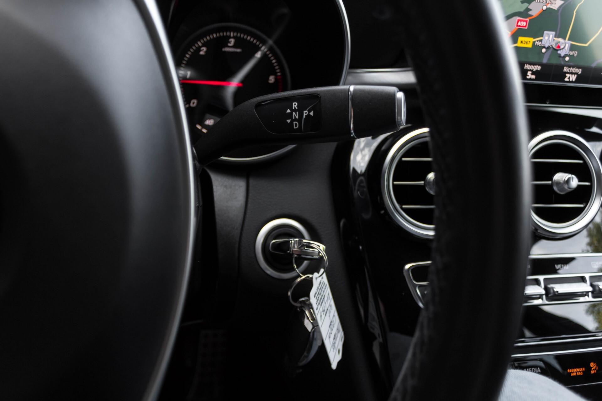 Mercedes-Benz C-Klasse Estate 200d AMG Night Wegkl-Trekhaak/LED/Dodehoekassistent/Verw Stln Aut7 Foto 14