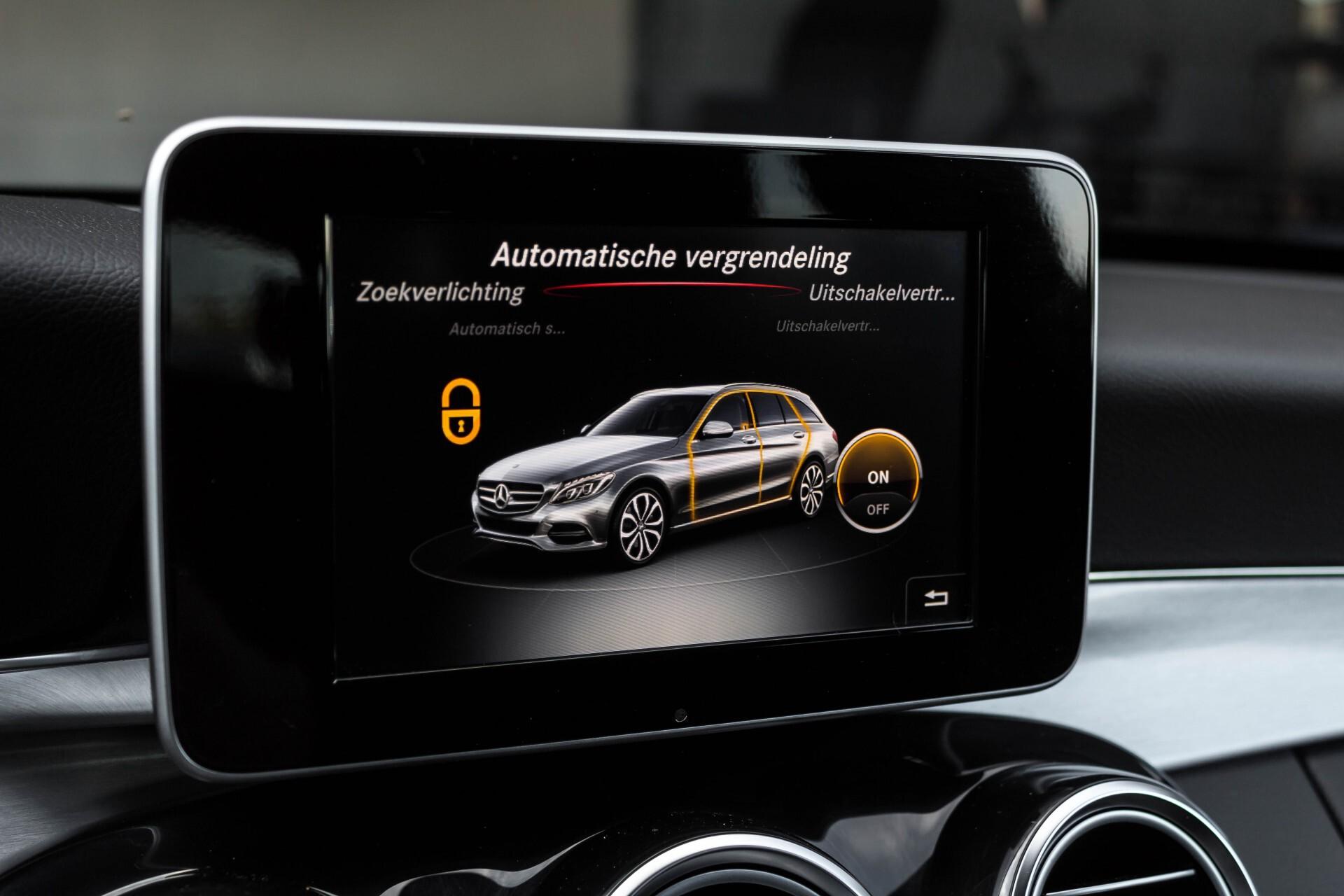 Mercedes-Benz C-Klasse Estate 200d AMG Night Wegkl-Trekhaak/LED/Dodehoekassistent/Verw Stln Aut7 Foto 27