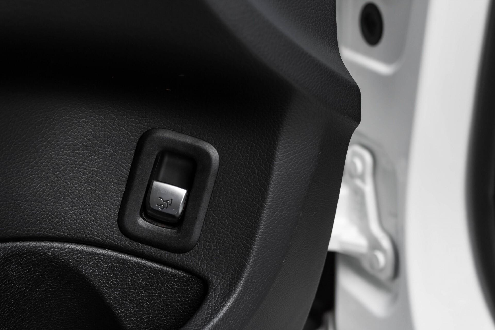 Mercedes-Benz C-Klasse Estate 200d AMG Night Wegkl-Trekhaak/LED/Dodehoekassistent/Verw Stln Aut7 Foto 30
