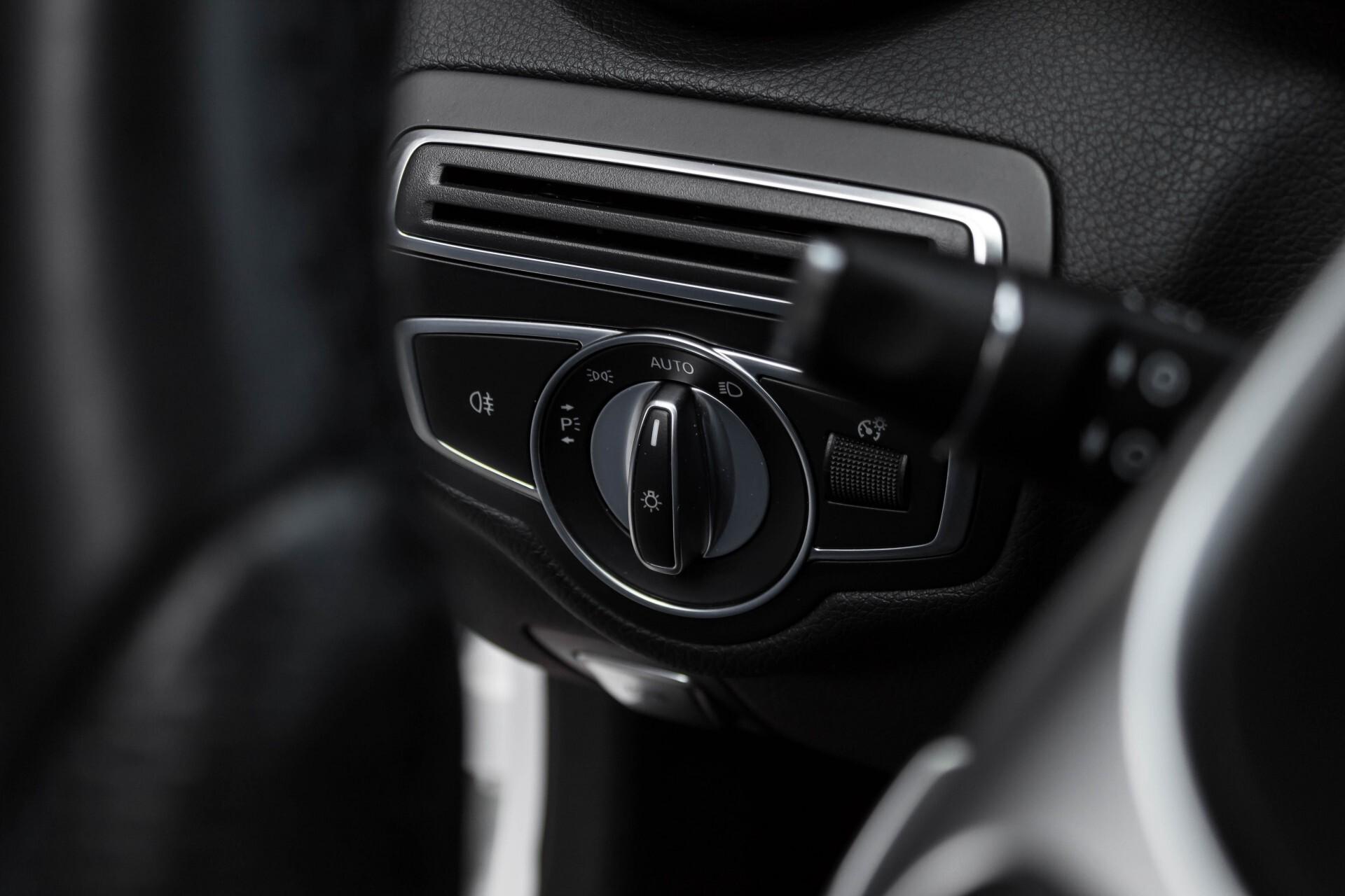 Mercedes-Benz C-Klasse Estate 200d AMG Night Wegkl-Trekhaak/LED/Dodehoekassistent/Verw Stln Aut7 Foto 38