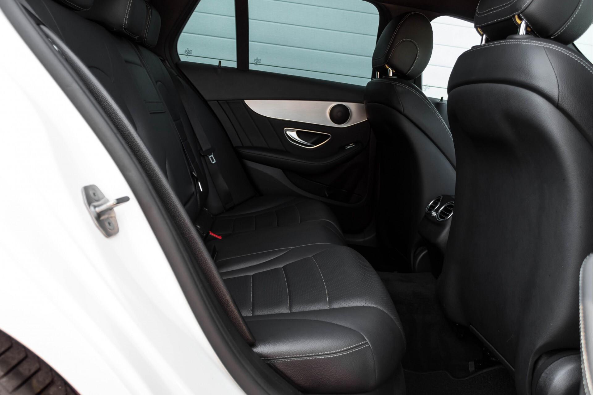 Mercedes-Benz C-Klasse Estate 200d AMG Night Wegkl-Trekhaak/LED/Dodehoekassistent/Verw Stln Aut7 Foto 4
