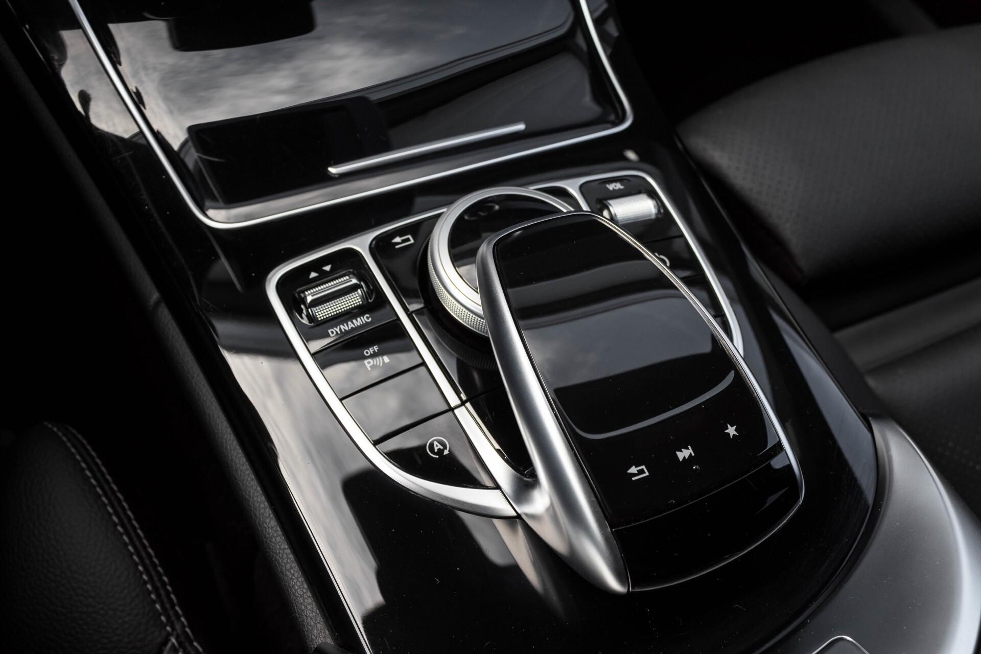 Mercedes-Benz C-Klasse Estate 200d AMG Night Wegkl-Trekhaak/LED/Dodehoekassistent/Verw Stln Aut7 Foto 44