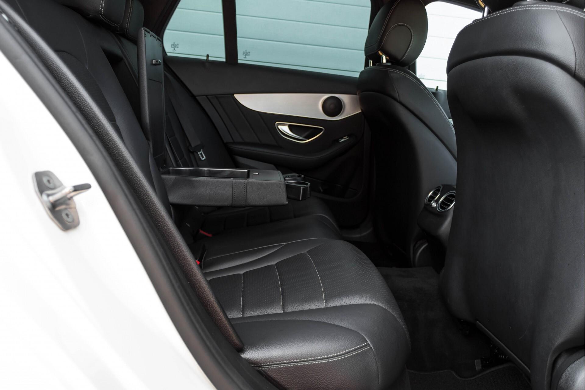 Mercedes-Benz C-Klasse Estate 200d AMG Night Wegkl-Trekhaak/LED/Dodehoekassistent/Verw Stln Aut7 Foto 5