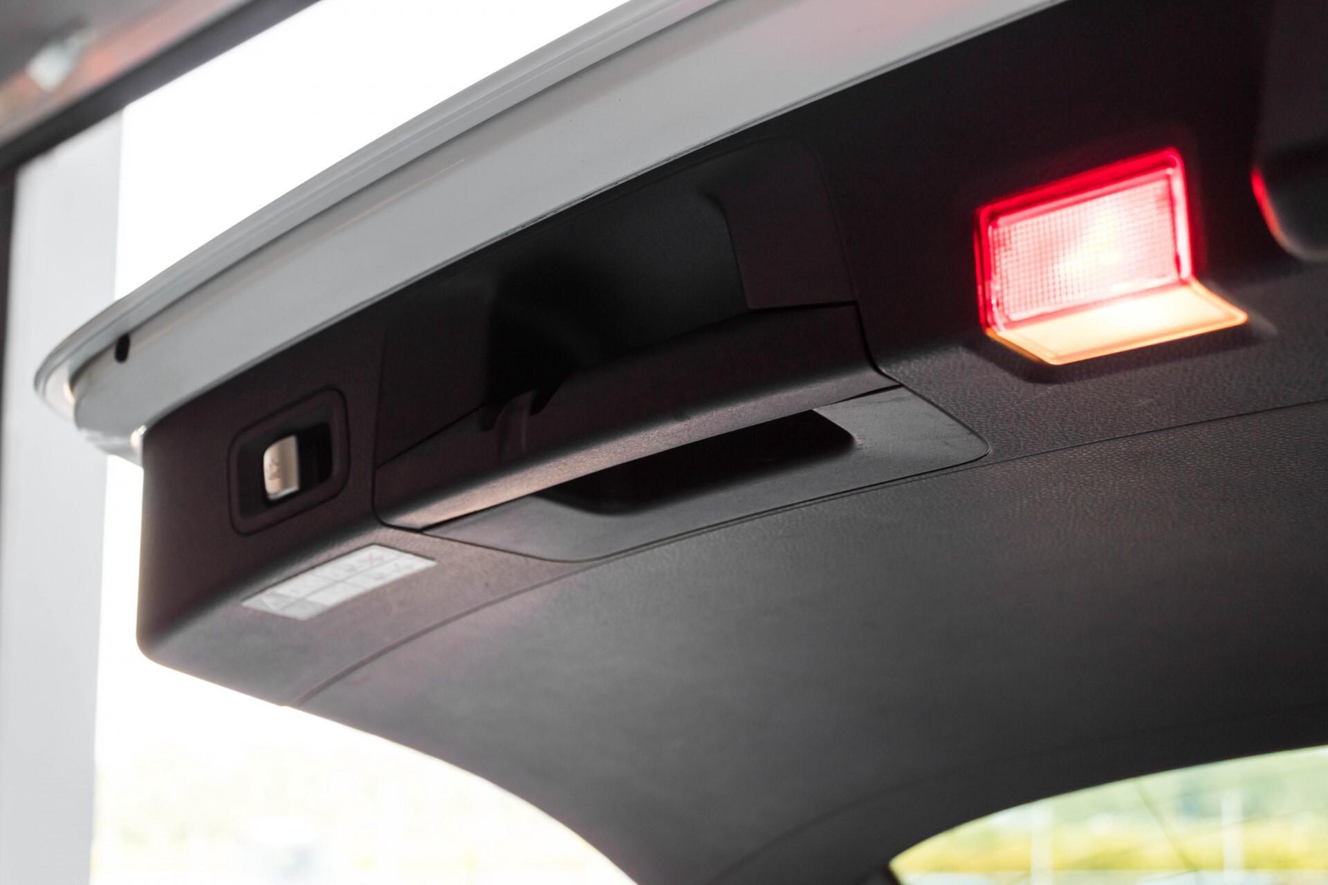 Mercedes-Benz C-Klasse Estate 200d AMG Night Wegkl-Trekhaak/LED/Dodehoekassistent/Verw Stln Aut7 Foto 50