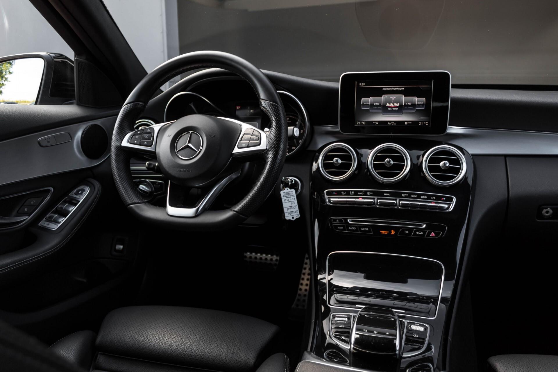 Mercedes-Benz C-Klasse Estate 200d AMG Night Wegkl-Trekhaak/LED/Dodehoekassistent/Verw Stln Aut7 Foto 6