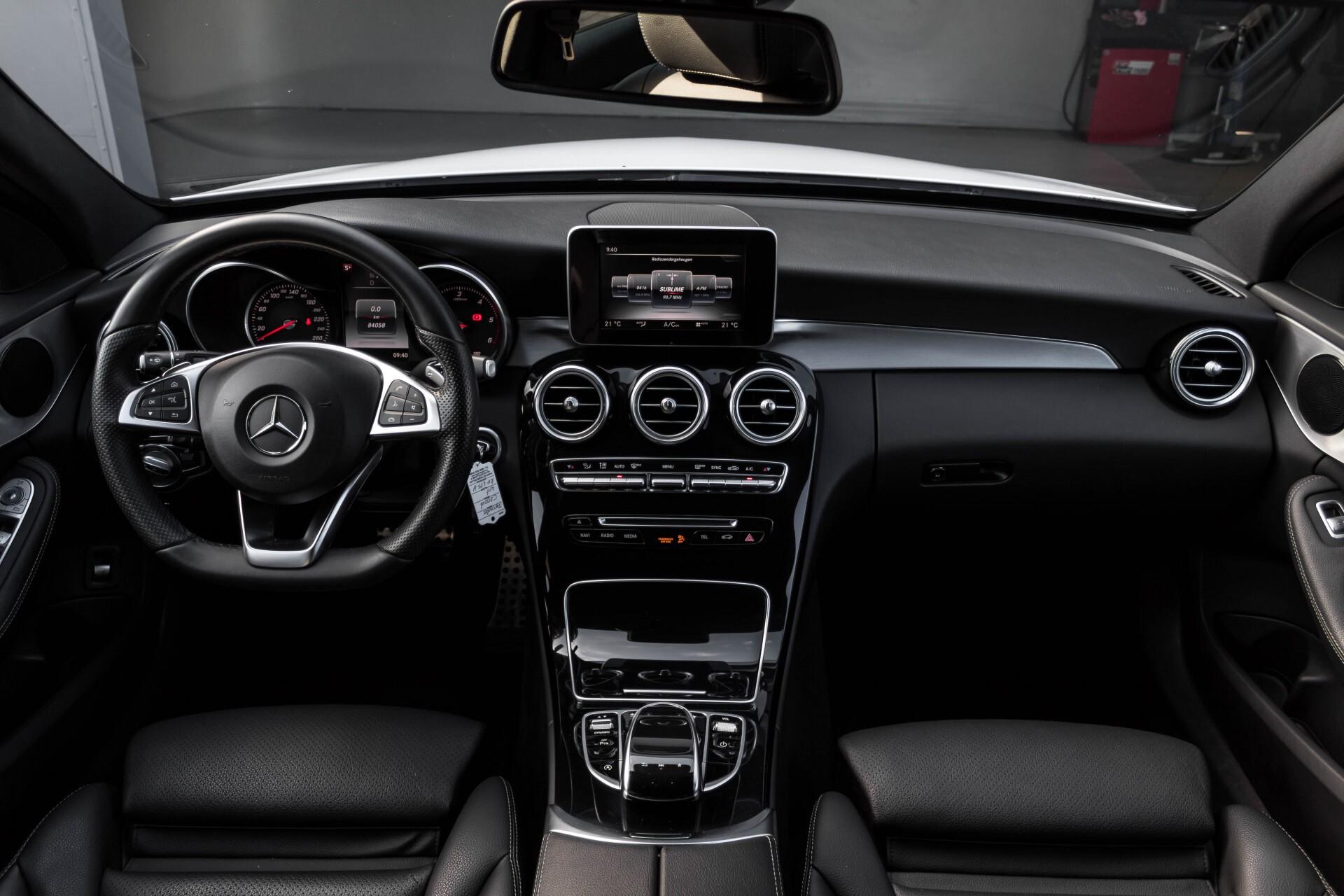 Mercedes-Benz C-Klasse Estate 200d AMG Night Wegkl-Trekhaak/LED/Dodehoekassistent/Verw Stln Aut7 Foto 7