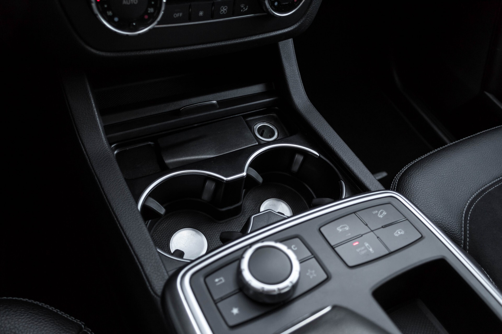 Mercedes-Benz M-Klasse 350 Bluetec 4-M Luchtvering/Schuifdak/ILS/Trekhaak/Comand Aut7 Foto 34