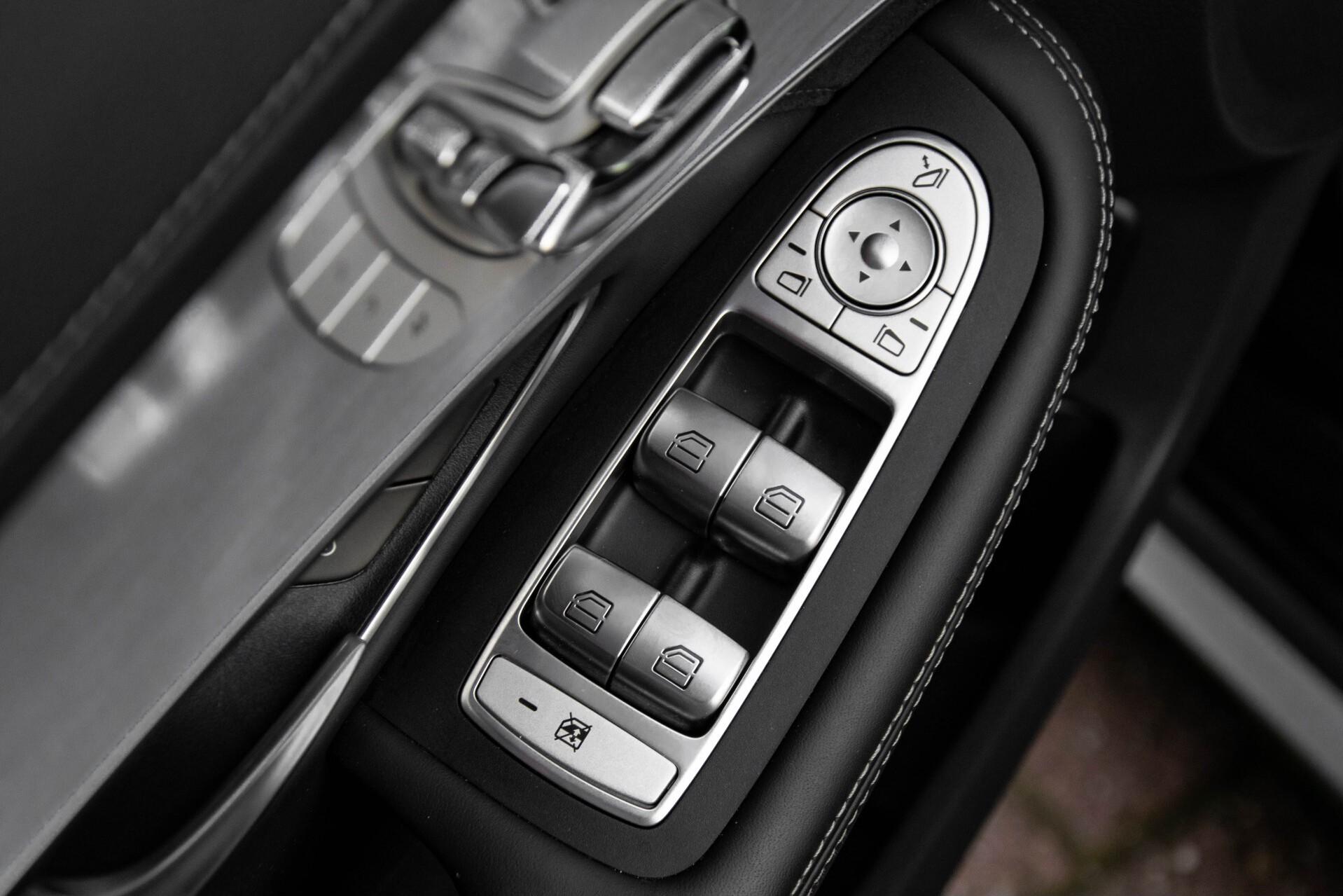 Mercedes-Benz C-Klasse 63 AMG S Panorama/Distronic/Keyless/Comand/Camera/ILS Aut7 Foto 19