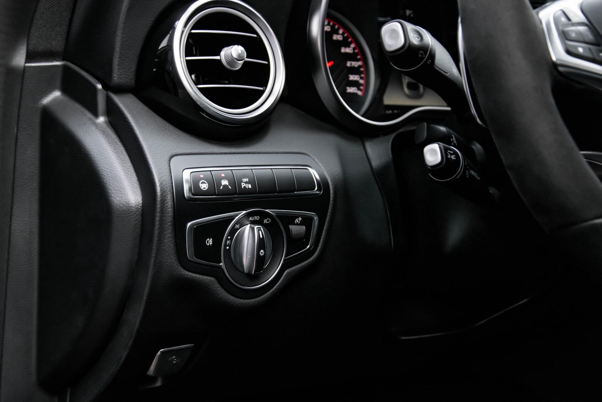 Mercedes-Benz C-Klasse 63 AMG S Panorama/Distronic/Keyless/Comand/Camera/ILS Aut7 Foto 25