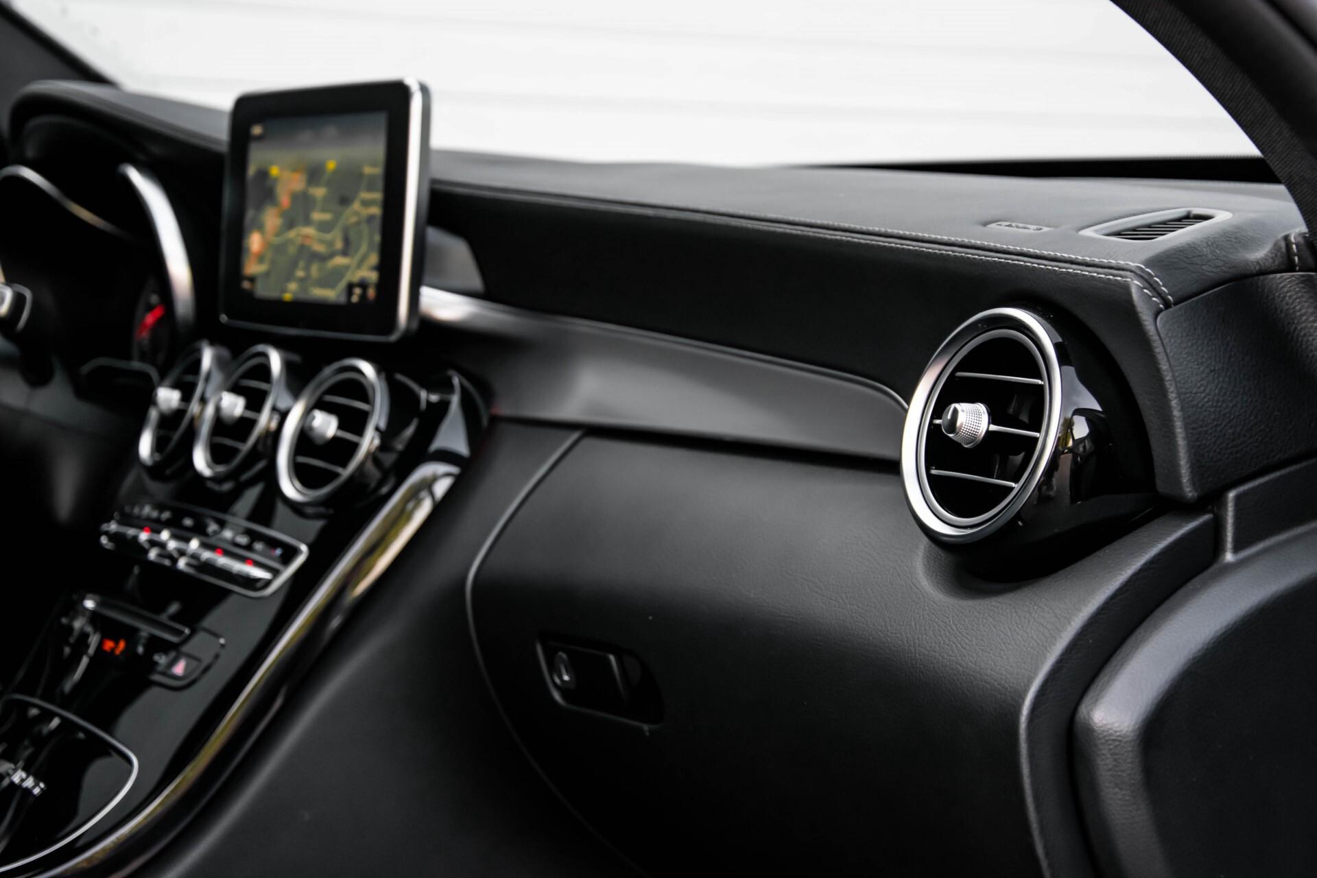 Mercedes-Benz C-Klasse 63 AMG S Panorama/Distronic/Keyless/Comand/Camera/ILS Aut7 Foto 38