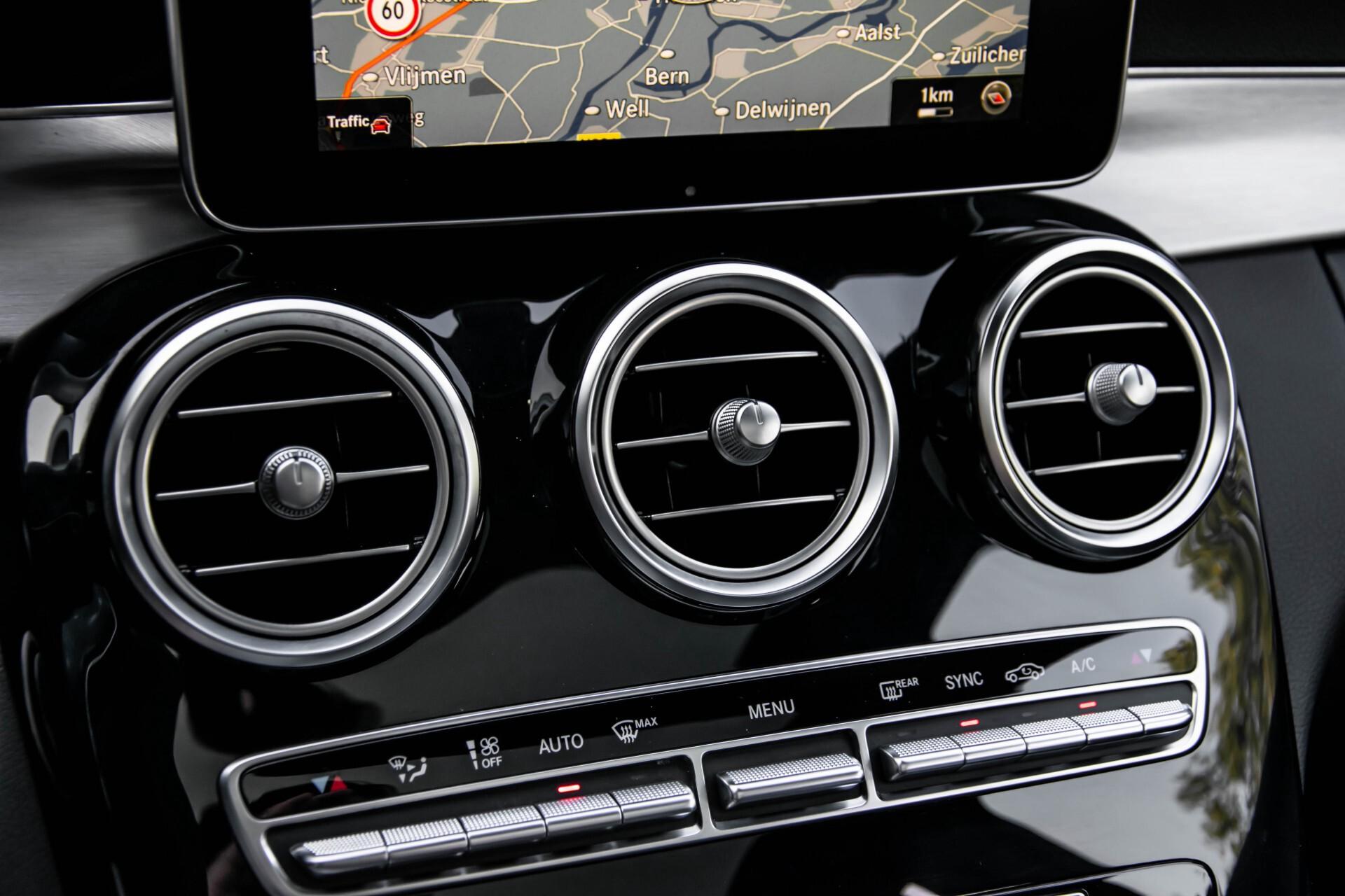Mercedes-Benz C-Klasse 63 AMG S Panorama/Distronic/Keyless/Comand/Camera/ILS Aut7 Foto 43