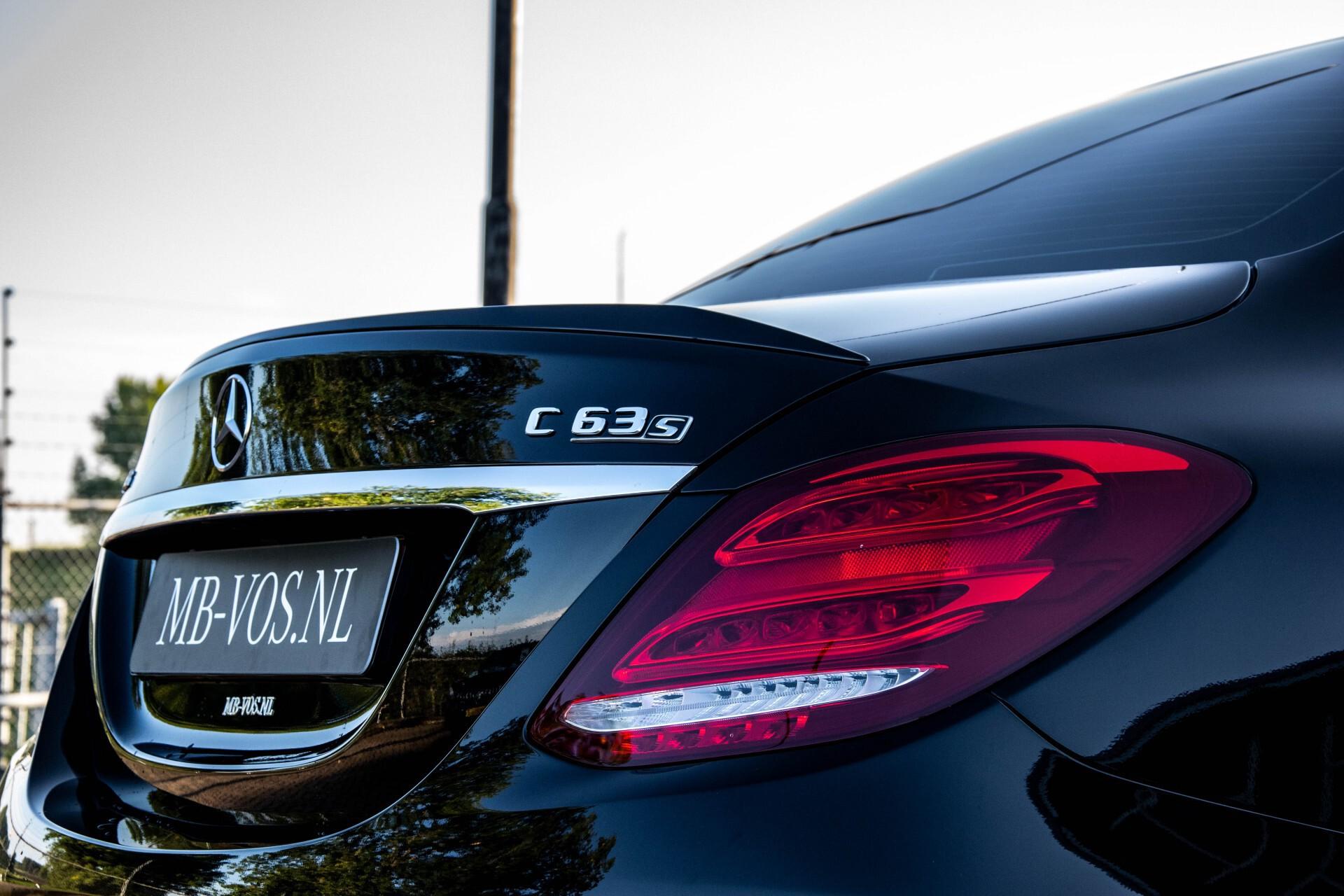 Mercedes-Benz C-Klasse 63 AMG S Panorama/Distronic/Keyless/Comand/Camera/ILS Aut7 Foto 46