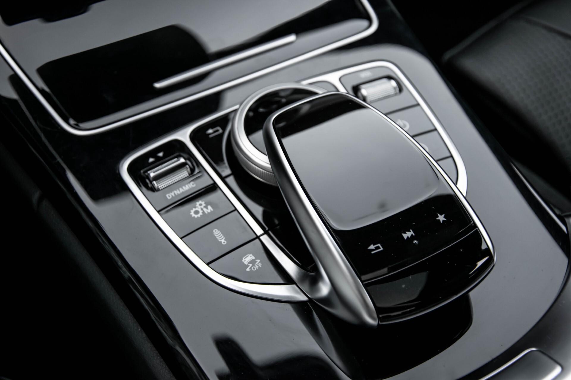 Mercedes-Benz C-Klasse 63 AMG S Panorama/Distronic/Keyless/Comand/Camera/ILS Aut7 Foto 53