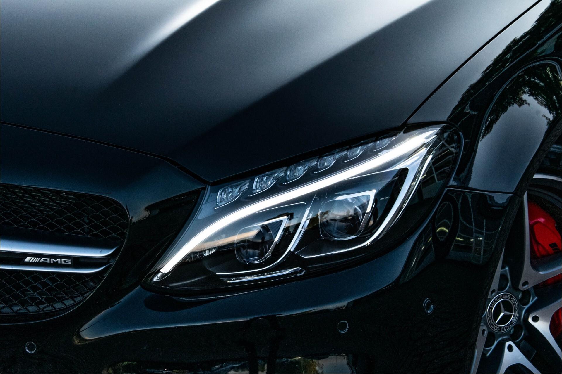 Mercedes-Benz C-Klasse 63 AMG S Akrapovic/Panorama/Distronic/Keyless/Comand/Camera/ILS Aut7 Foto 62
