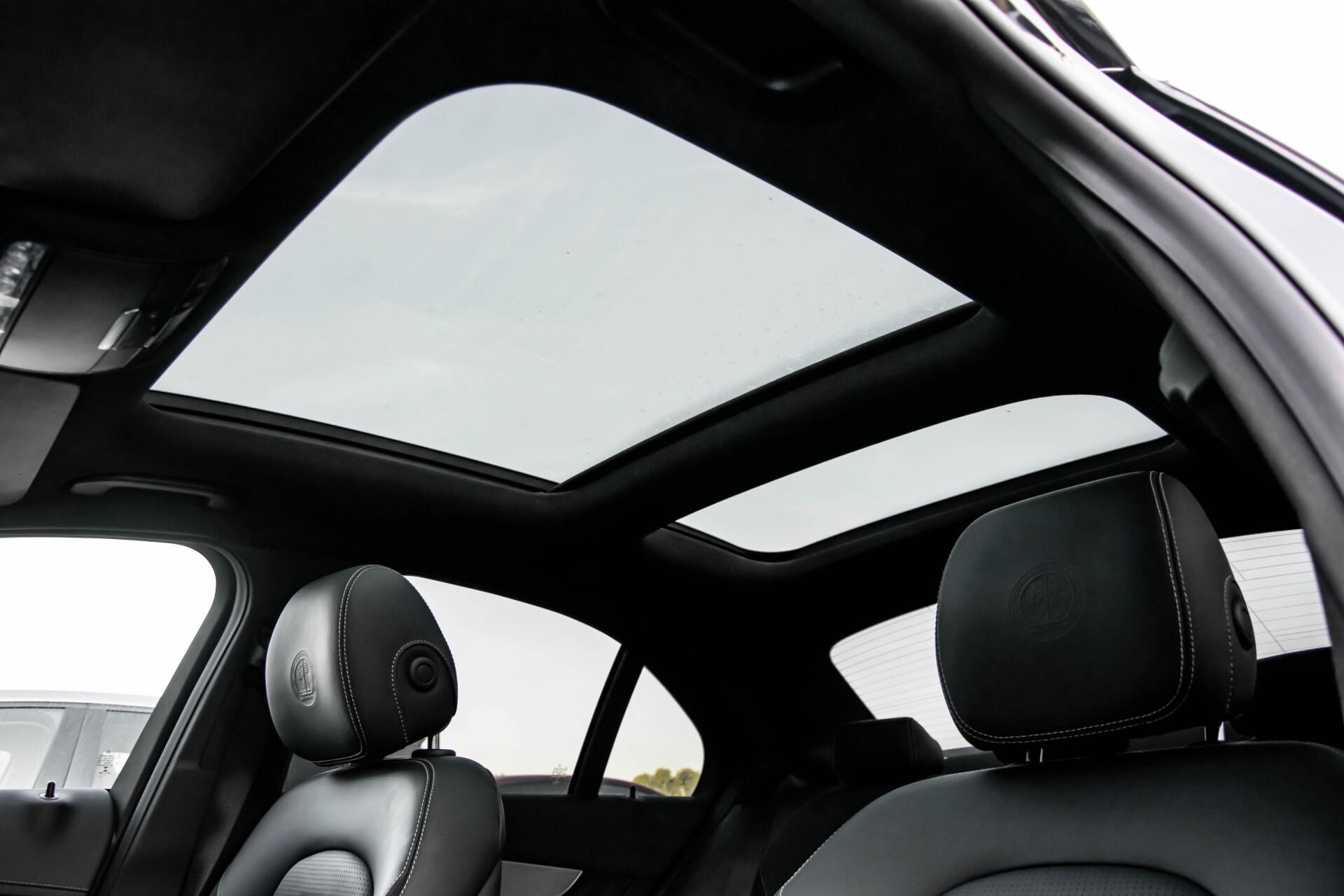 Mercedes-Benz C-Klasse 63 AMG S Akrapovic/Panorama/Distronic/Keyless/Comand/Camera/ILS Aut7 Foto 69