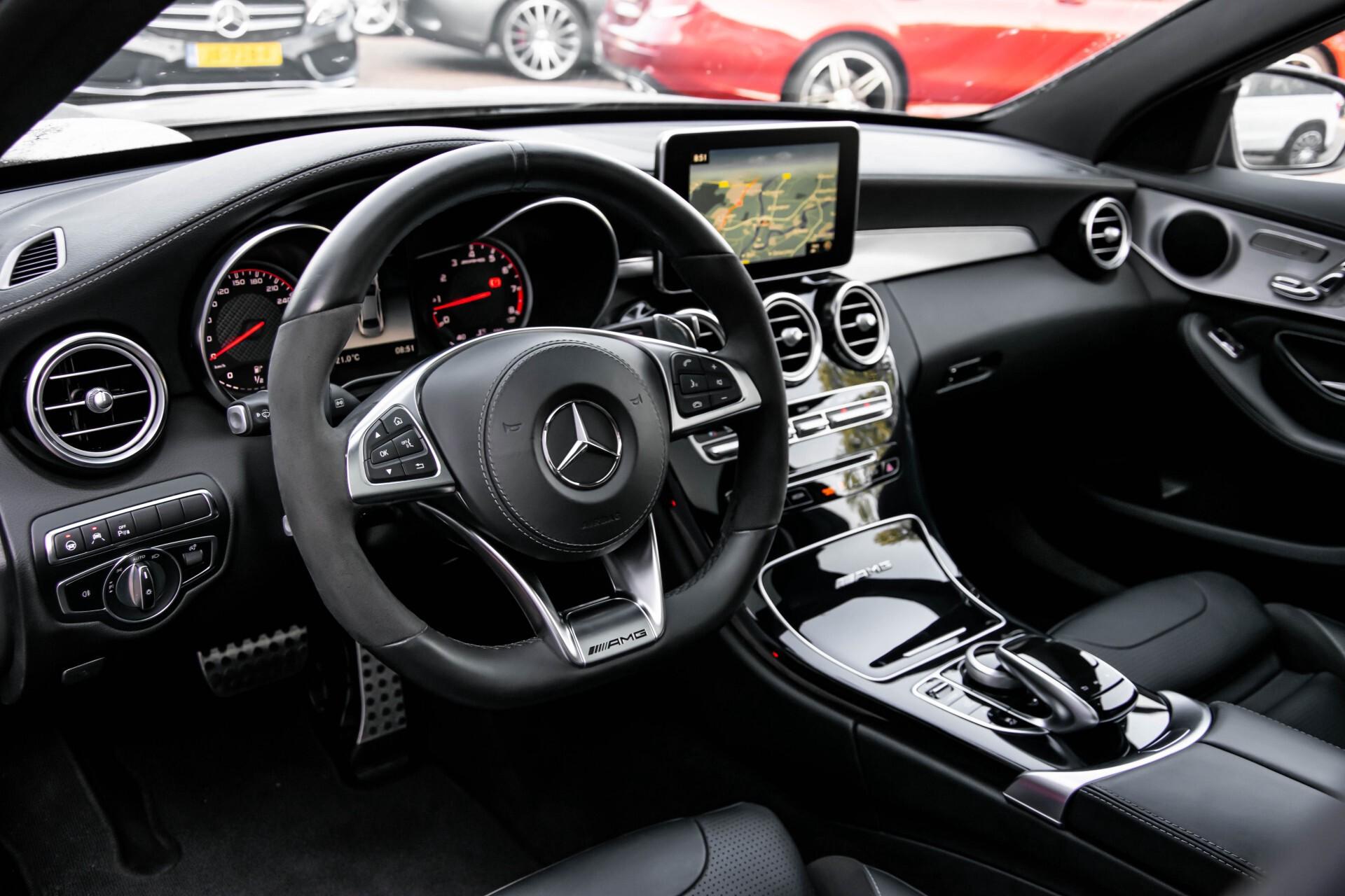Mercedes-Benz C-Klasse 63 AMG S Panorama/Distronic/Keyless/Comand/Camera/ILS Aut7 Foto 7