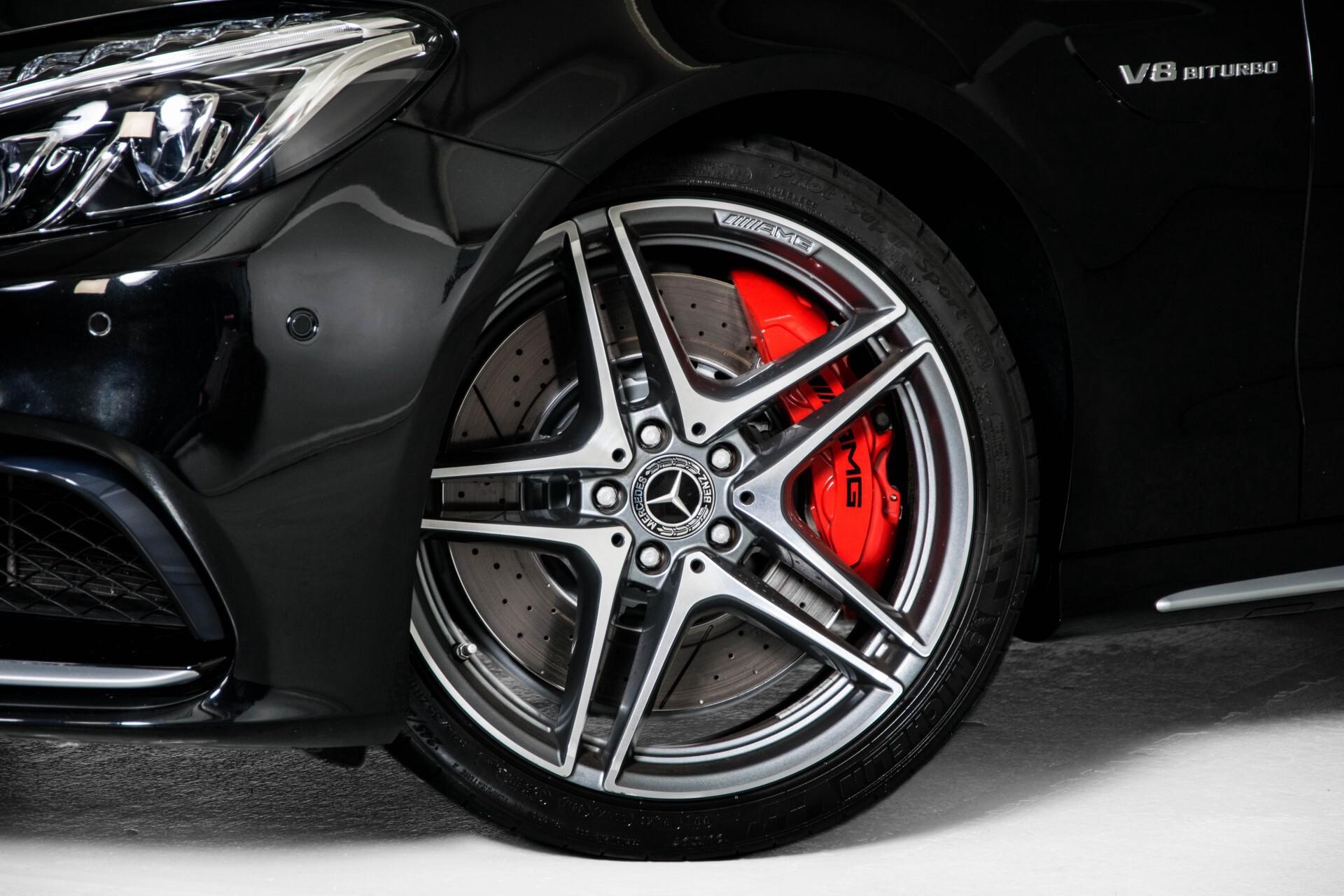 Mercedes-Benz C-Klasse 63 AMG S Akrapovic/Panorama/Distronic/Keyless/Comand/Camera/ILS Aut7 Foto 73