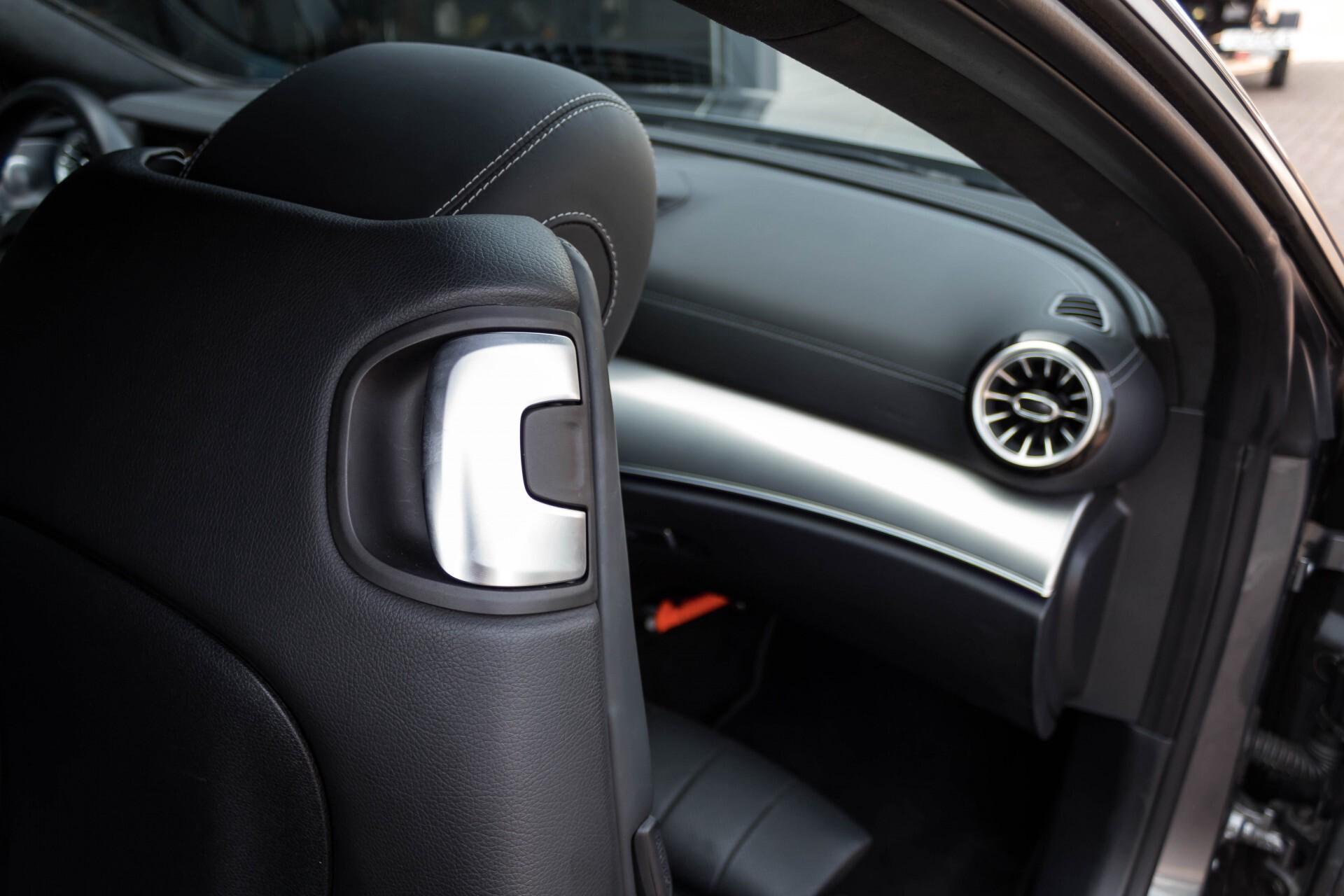 Mercedes-Benz E-Klasse Coupé 300 AMG Luchtvering/Distronic/Keyless/Designo/Burmester/Stoelkoeling Aut7 Foto 26