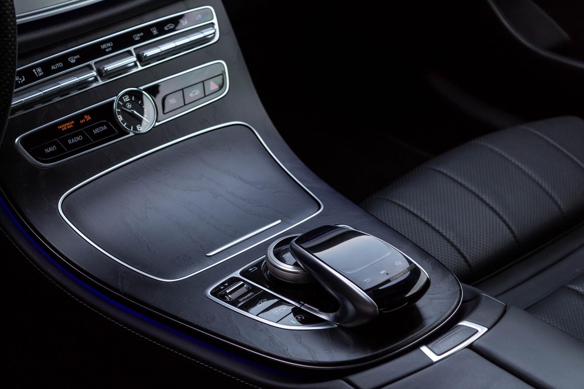 Mercedes-Benz E-Klasse Coupé 300 AMG Luchtvering/Distronic/Keyless/Designo/Burmester/Stoelkoeling Aut7 Foto 46