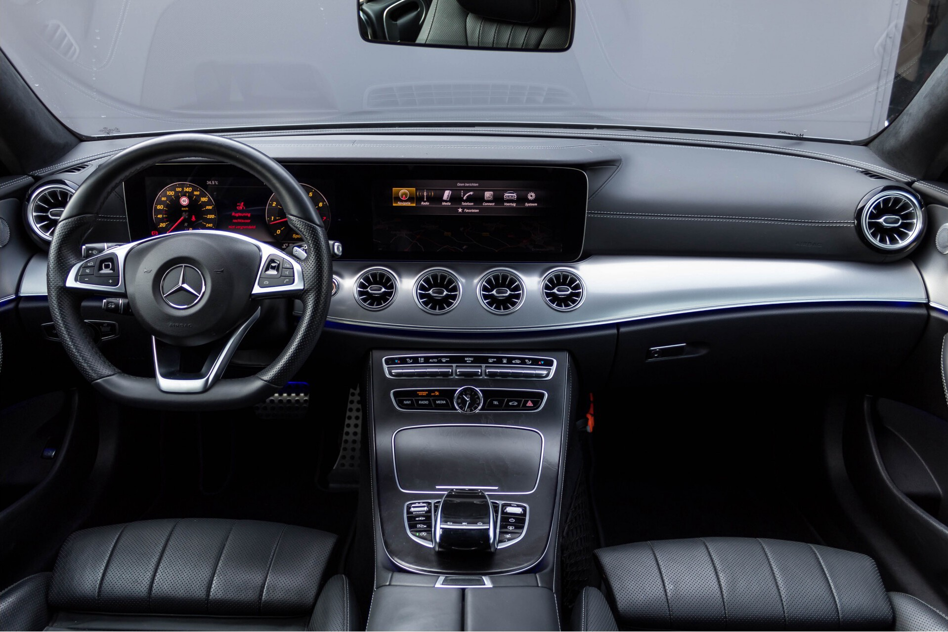 Mercedes-Benz E-Klasse Coupé 300 AMG Luchtvering/Distronic/Keyless/Designo/Burmester/Stoelkoeling Aut7 Foto 6