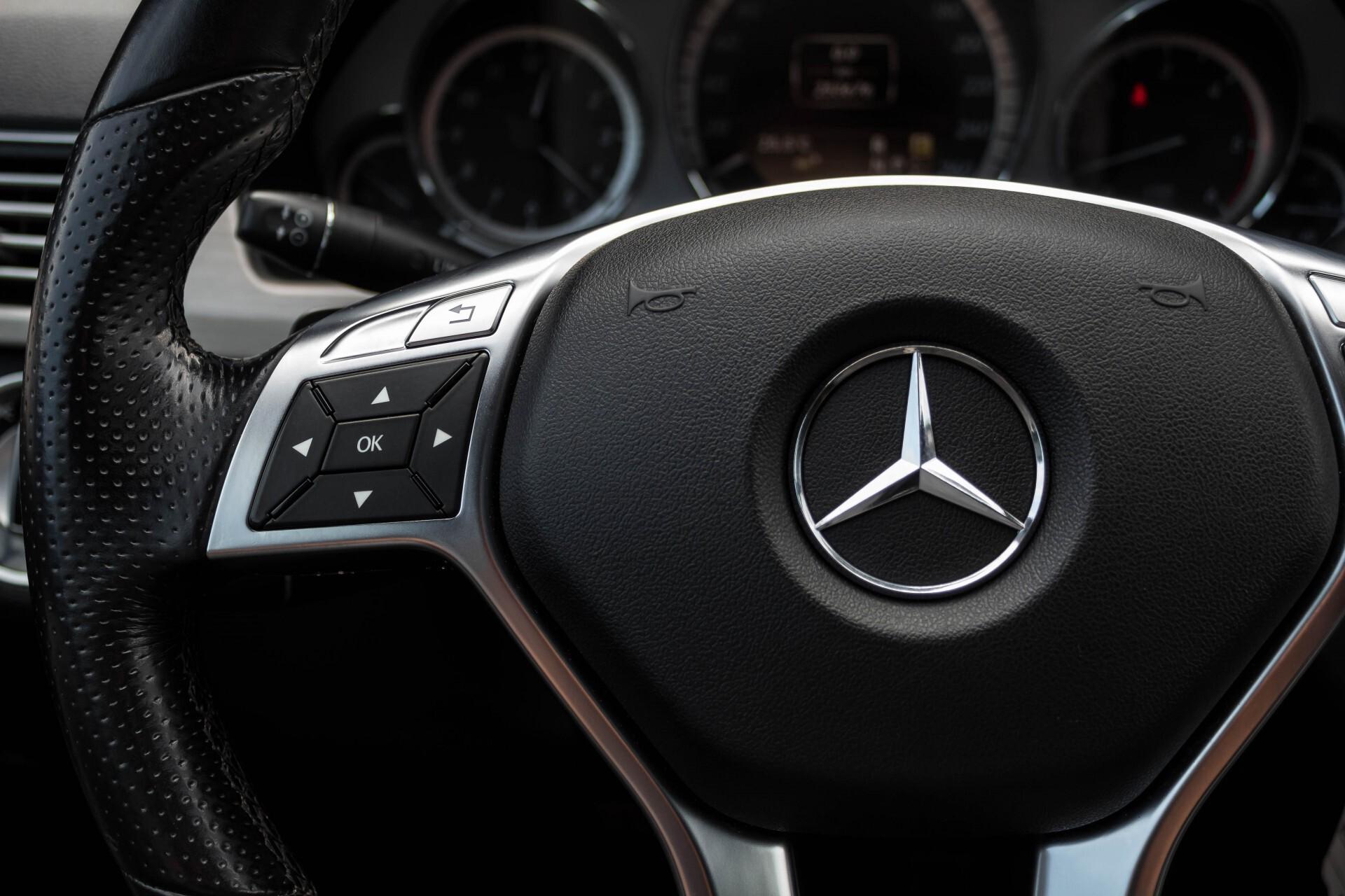 Mercedes-Benz E-Klasse Estate 350 Cdi AMG Luchtvering/Schuifdak/Comand/Harman Kardon/ILS Aut7 Foto 10
