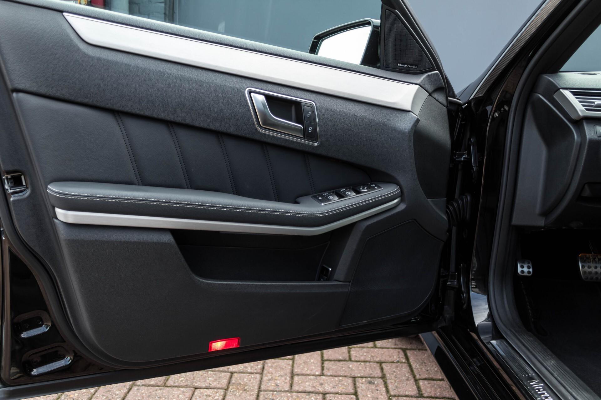 Mercedes-Benz E-Klasse Estate 350 Cdi AMG Luchtvering/Schuifdak/Comand/Harman Kardon/ILS Aut7 Foto 16