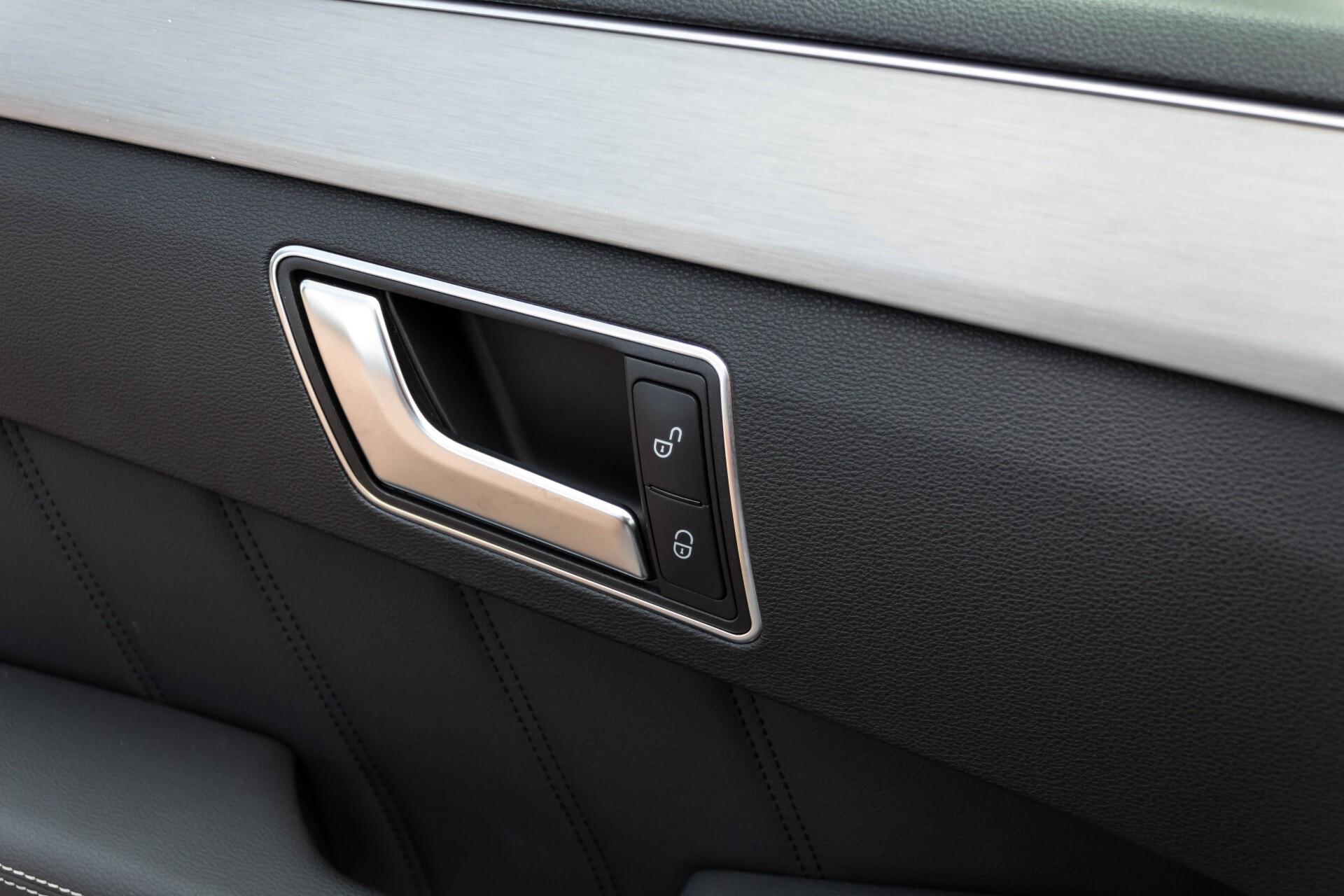 Mercedes-Benz E-Klasse Estate 350 Cdi AMG Luchtvering/Schuifdak/Comand/Harman Kardon/ILS Aut7 Foto 18
