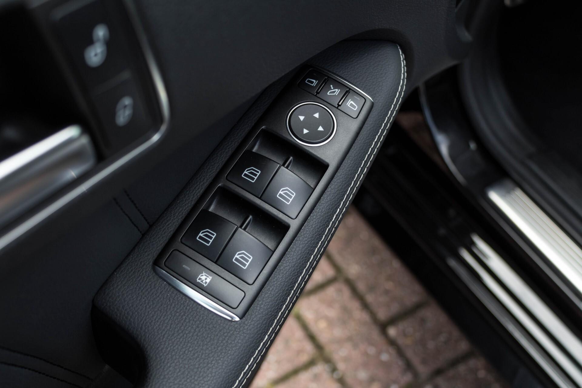 Mercedes-Benz E-Klasse Estate 350 Cdi AMG Luchtvering/Schuifdak/Comand/Harman Kardon/ILS Aut7 Foto 20