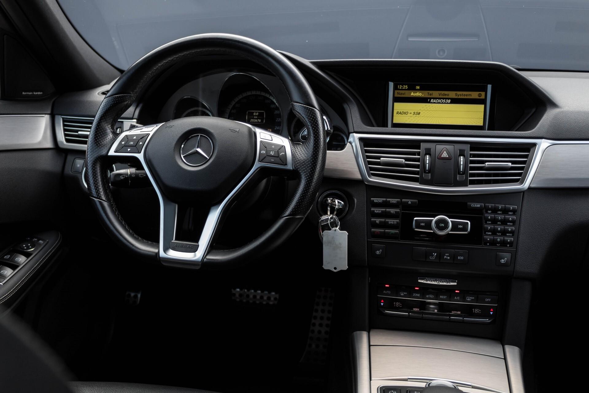 Mercedes-Benz E-Klasse Estate 350 Cdi AMG Luchtvering/Schuifdak/Comand/Harman Kardon/ILS Aut7 Foto 6