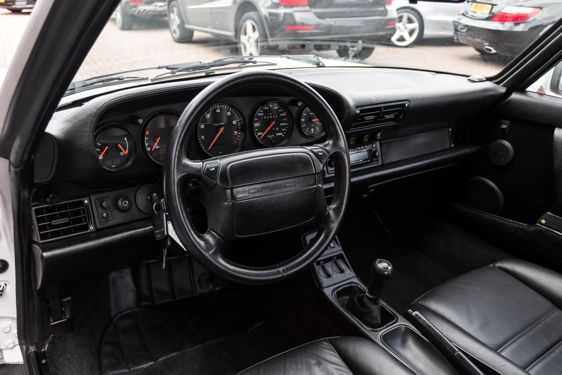 Porsche 911 Cabrio 3.6 Carrera 4 Gerestaureerd/Gedocumenteerd/Incl. BTW Foto 15