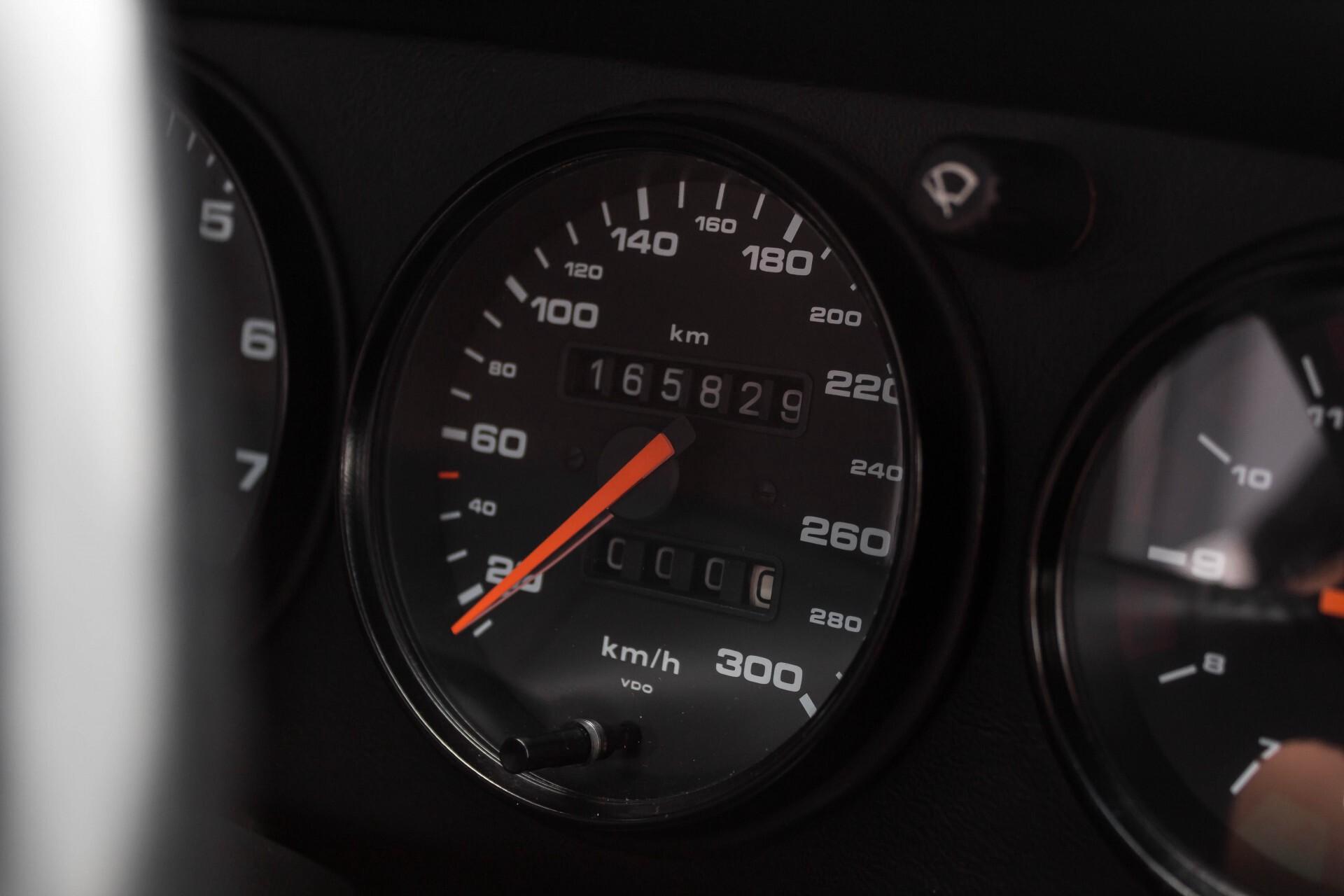 Porsche 911 Cabrio 964 3.6 Carrera 4 Gerestaureerd/Gedocumenteerd/Incl. BTW Foto 19