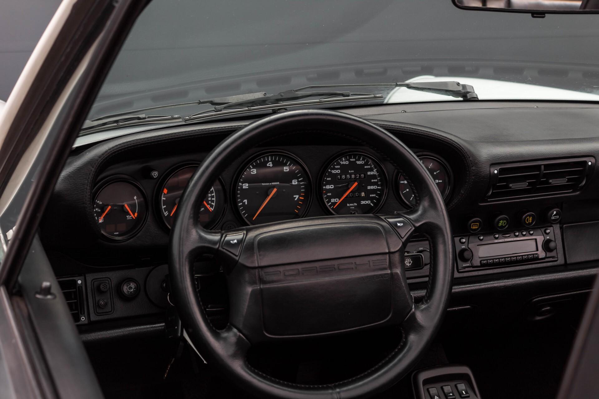 Porsche 911 Cabrio 964 3.6 Carrera 4 Gerestaureerd/Gedocumenteerd/Incl. BTW Foto 34