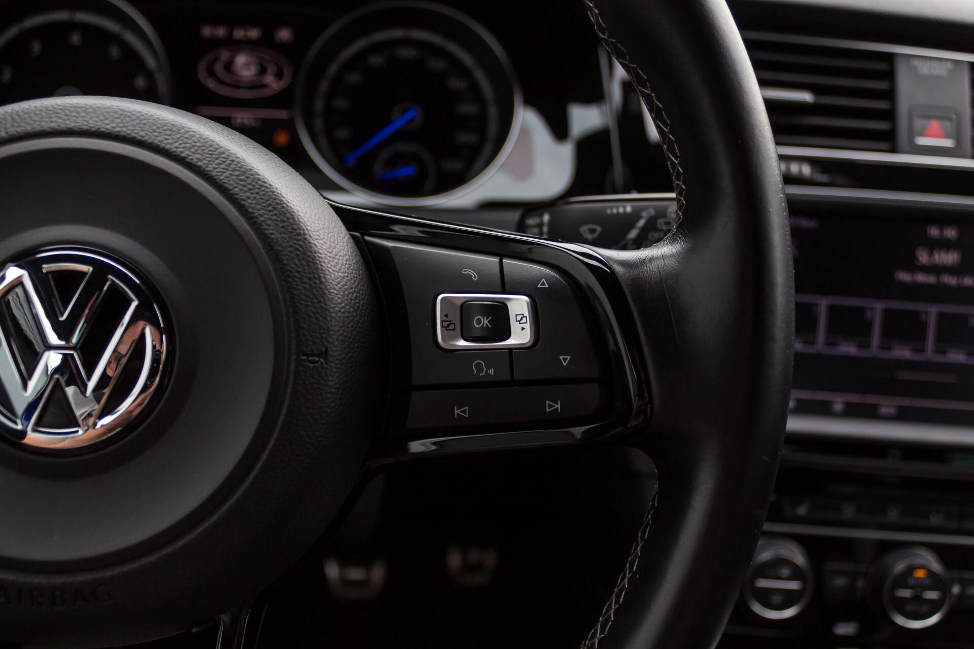 """Volkswagen Golf 2.0 TSI R 4Motion 300 pk Executive Plus/Keyless/DAB/19"""" Foto 12"""
