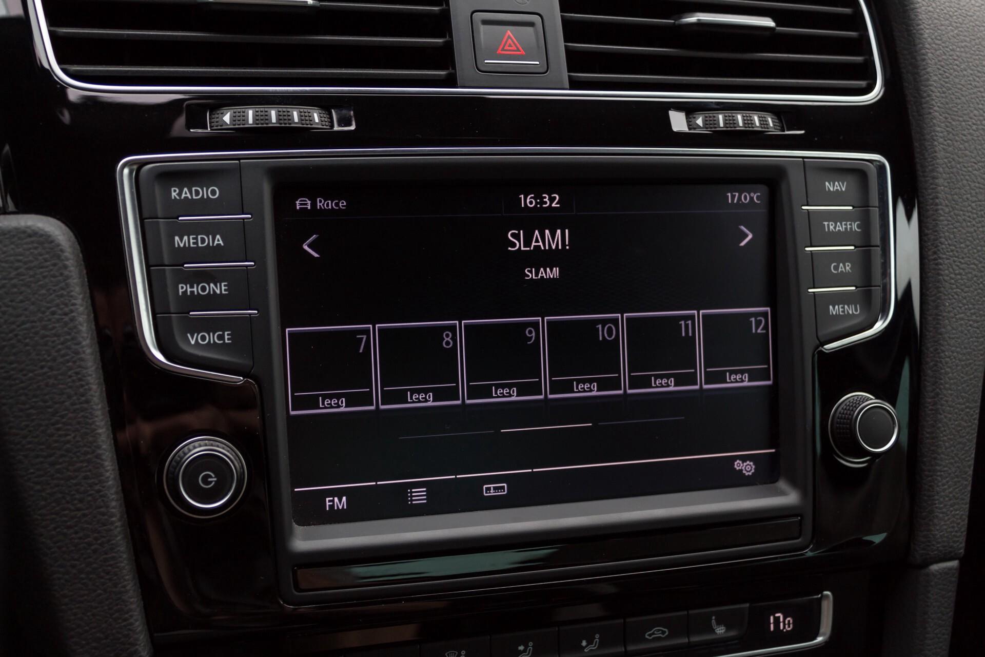 """Volkswagen Golf 2.0 TSI R 4Motion 300 pk Executive Plus/Keyless/DAB/19"""" Foto 14"""