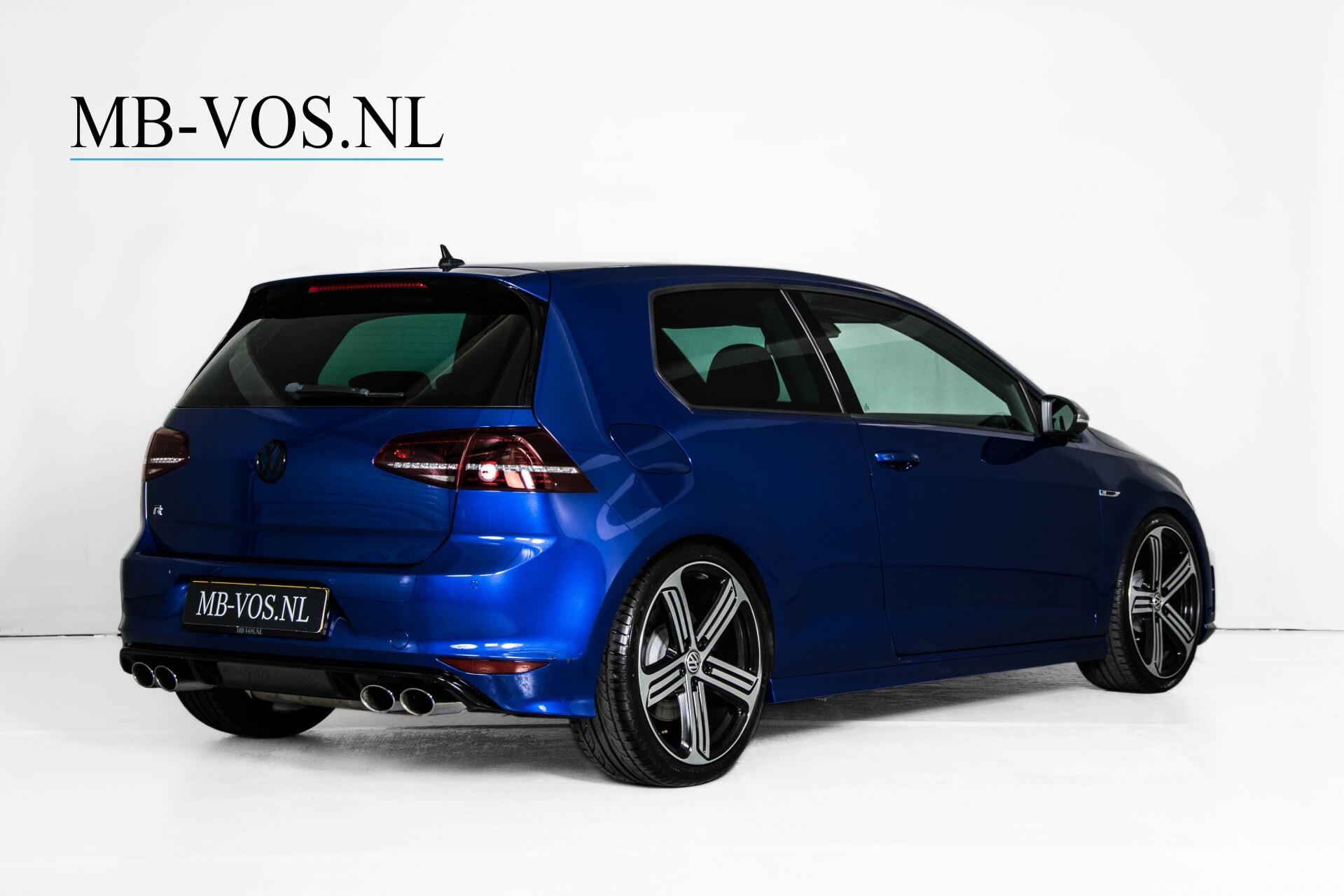 """Volkswagen Golf 2.0 TSI R 4Motion 300 pk Executive Plus/Keyless/DAB/19"""" Foto 2"""