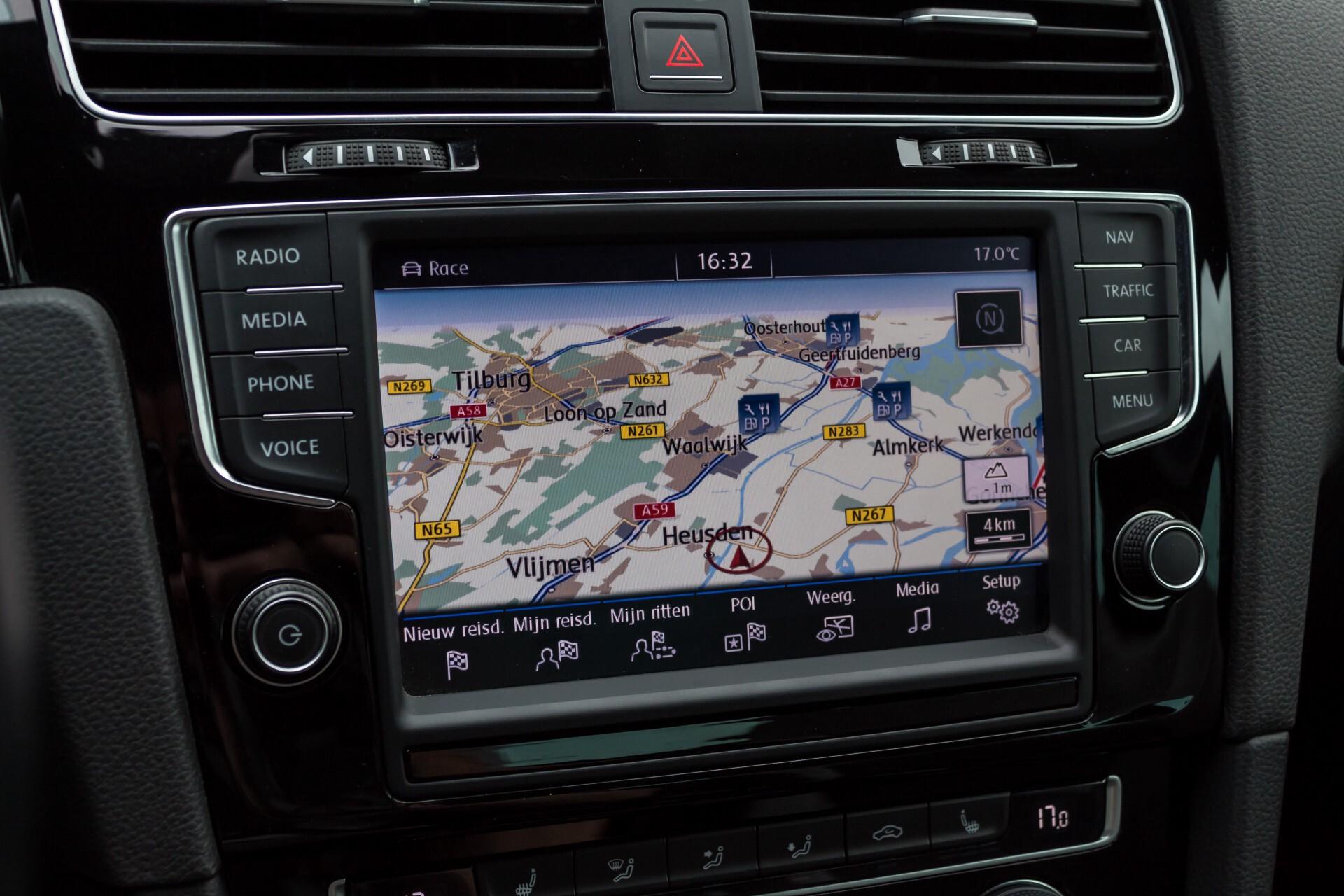 """Volkswagen Golf 2.0 TSI R 4Motion 300 pk Executive Plus/Keyless/DAB/19"""" Foto 20"""