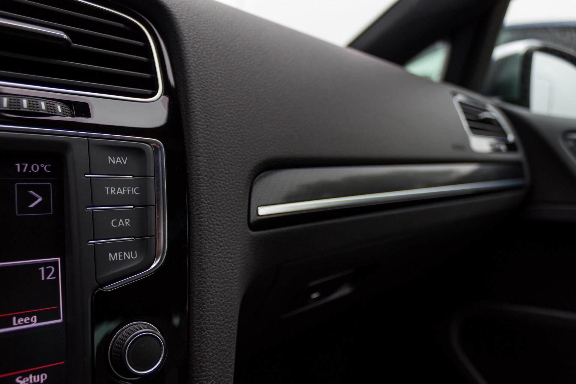 """Volkswagen Golf 2.0 TSI R 4Motion 300 pk Executive Plus/Keyless/DAB/19"""" Foto 26"""